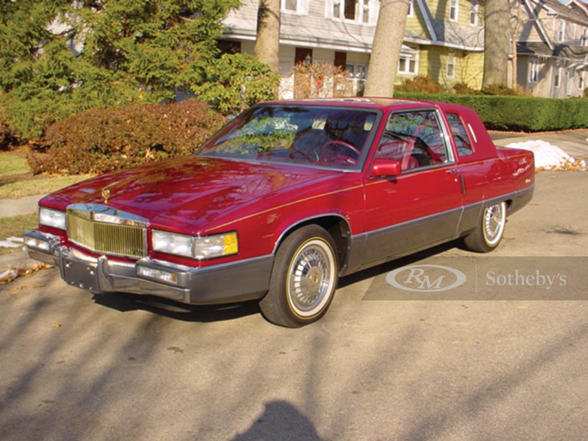 1989 Cadillac Fleetwood Coupe  -
