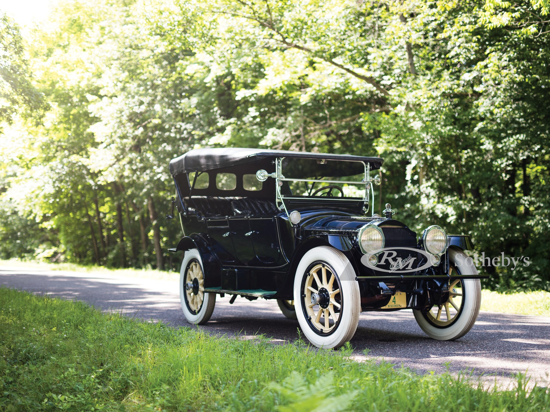 1915 Packard Twin Six Seven-Passenger Touring