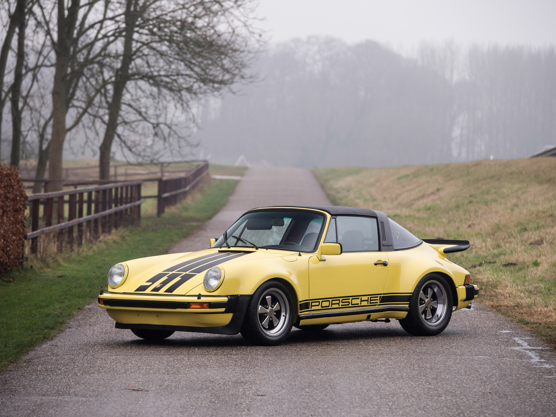 1977 Porsche 911 Carrera 3.0 'Turbo Look' Targa