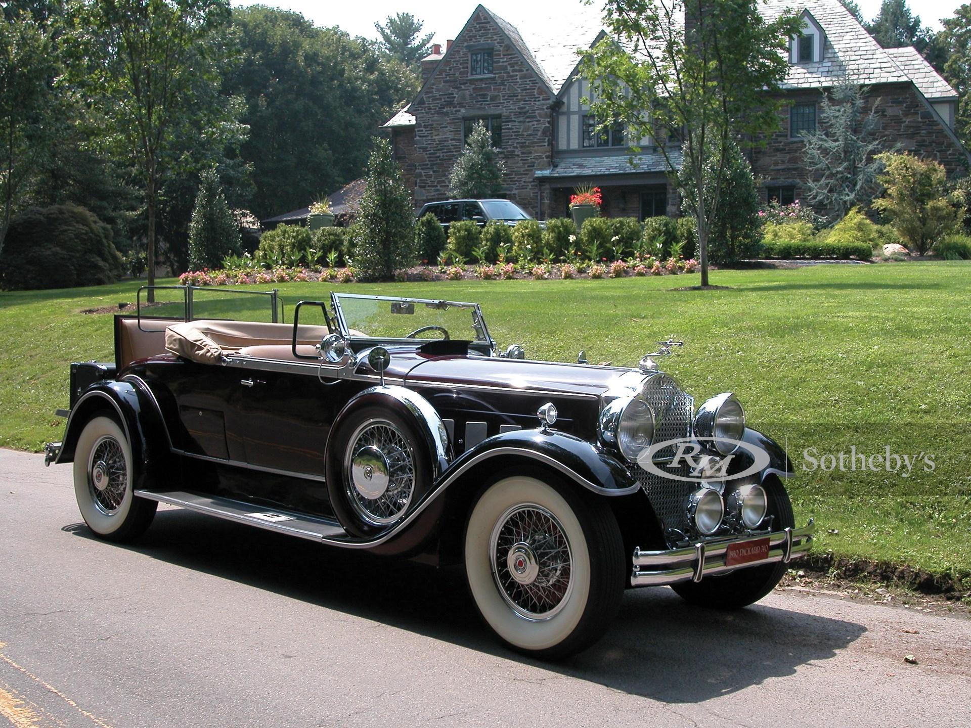 1930 Packard Custom Eight Roadster