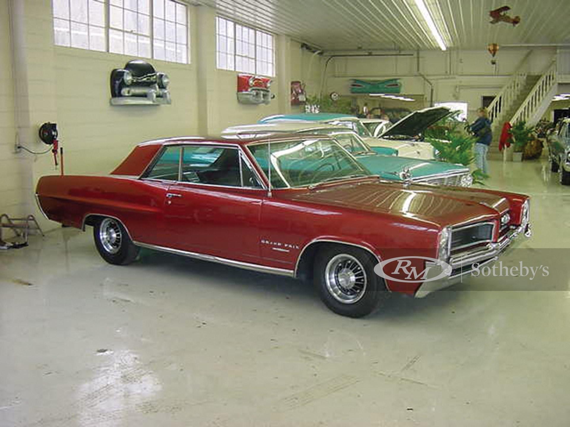 1964 Pontiac Gran Prix 2D  -