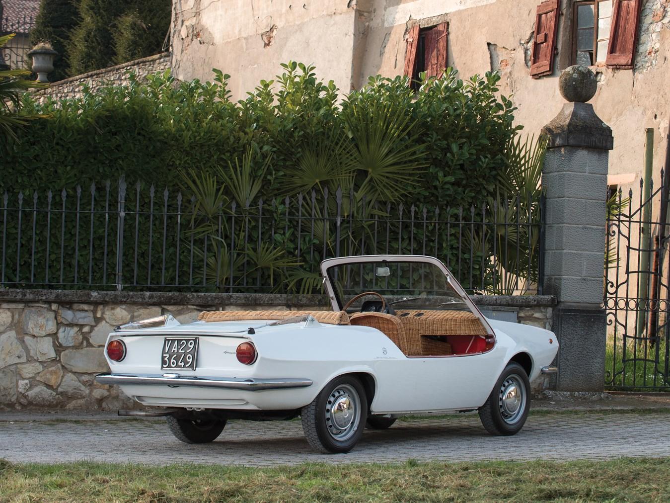 1970 Fiat 850 Spiaggetta by Michelotti