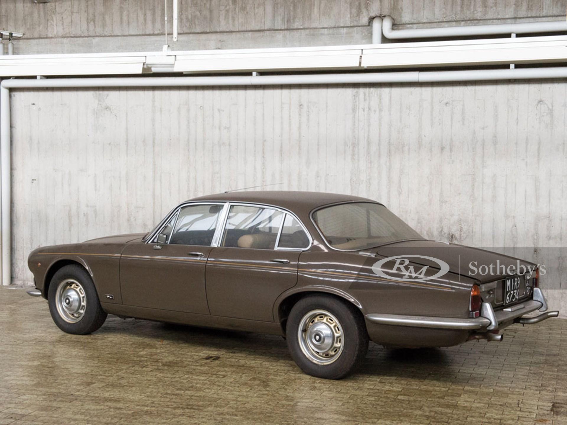1972 Jaguar XJ12 SWB | Duemila Ruote 2016 | RM Auctions