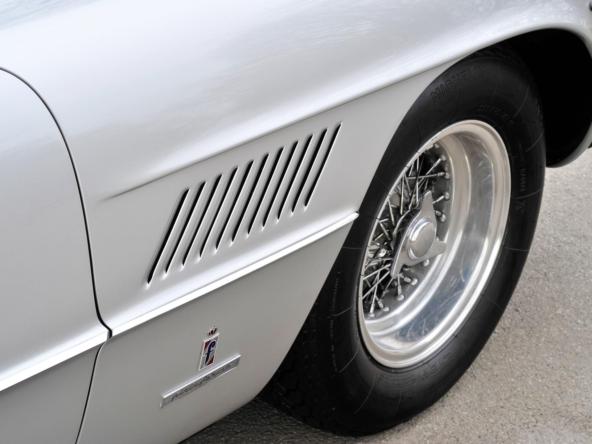 1962 Ferrari 400 Superamerica LWB Coupé Aerodinamico by Pininfarina