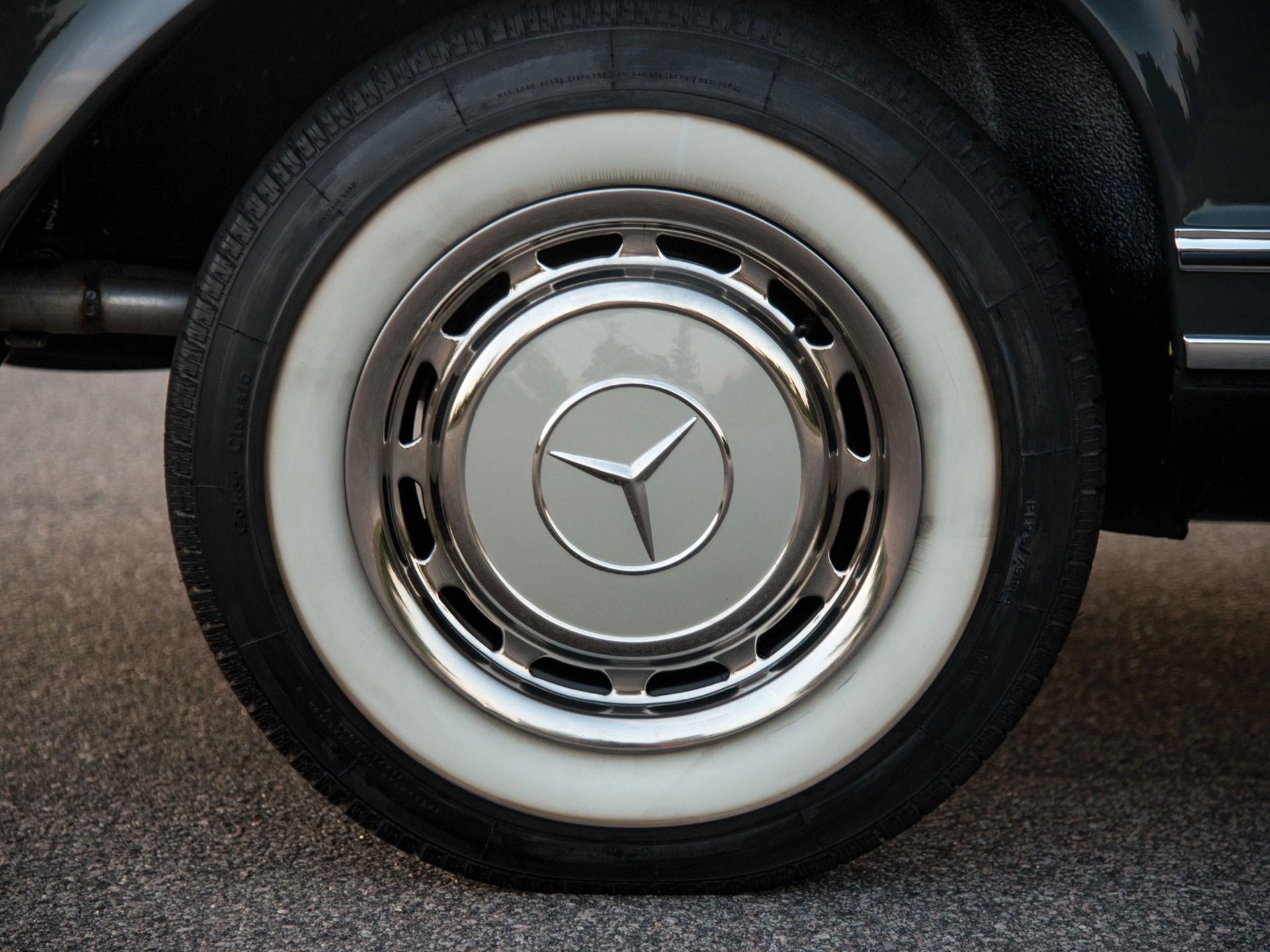 1968 Mercedes-Benz 250 SL 'Pagoda'