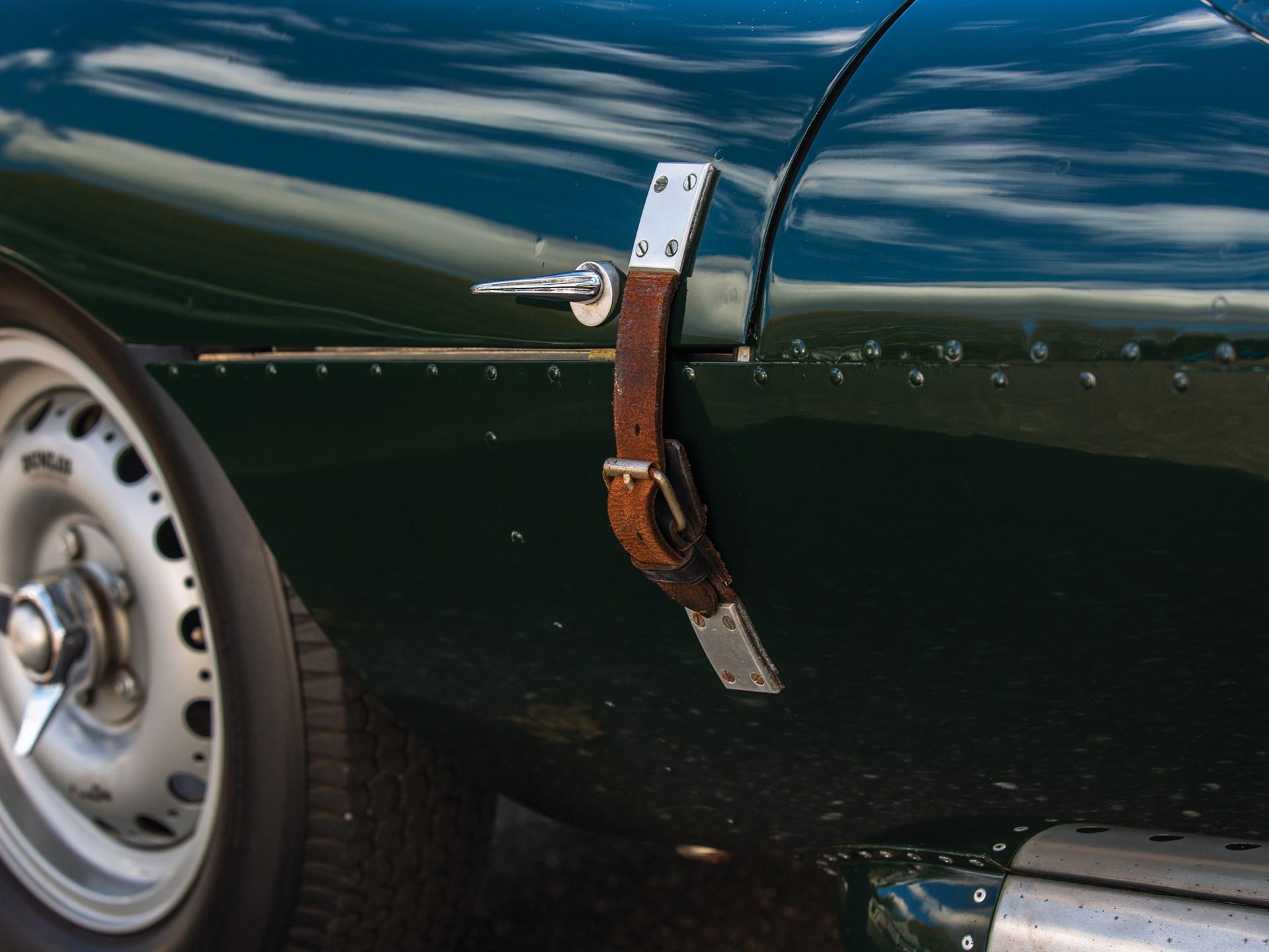 1969 Jaguar XKSS Recreation by Lynx