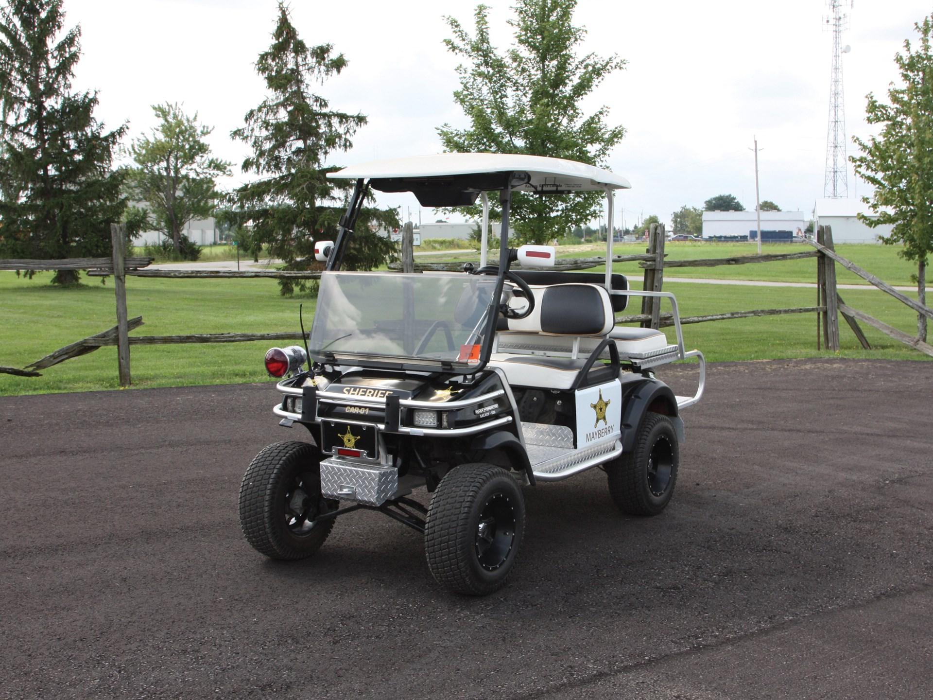 Rm Sotheby S 2002 Club Car Mayberry Police Golf Cart Auburn Fall