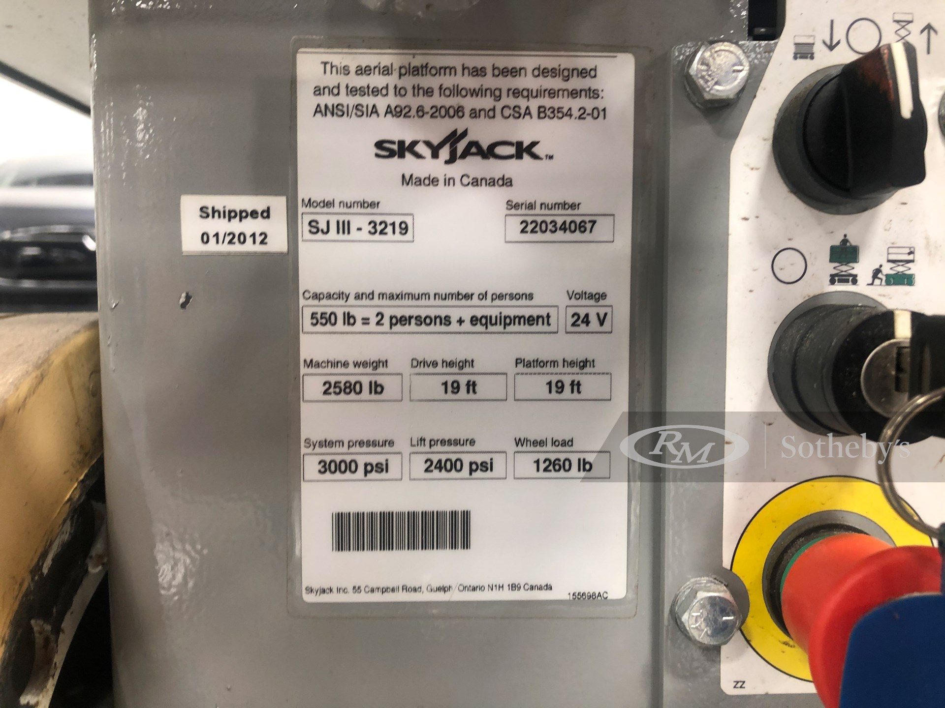 Sky Jack SJIII 3219 Scissor Lift -
