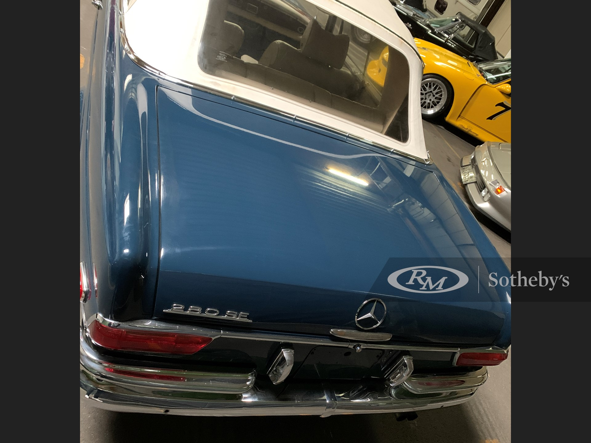 1969 Mercedes-Benz 280 SE Cabriolet  -