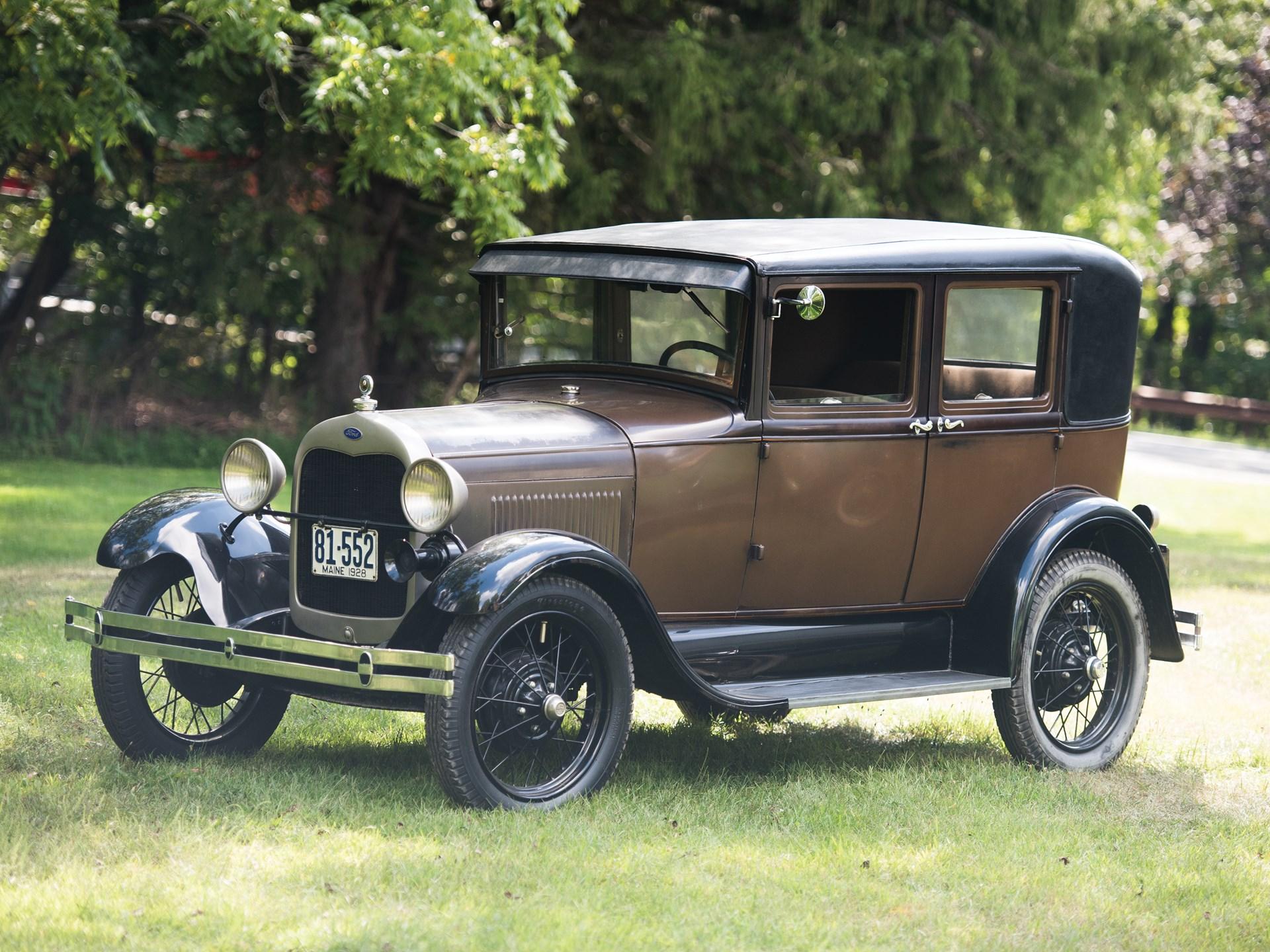1929 ford model a leatherback fordor sedan by briggs