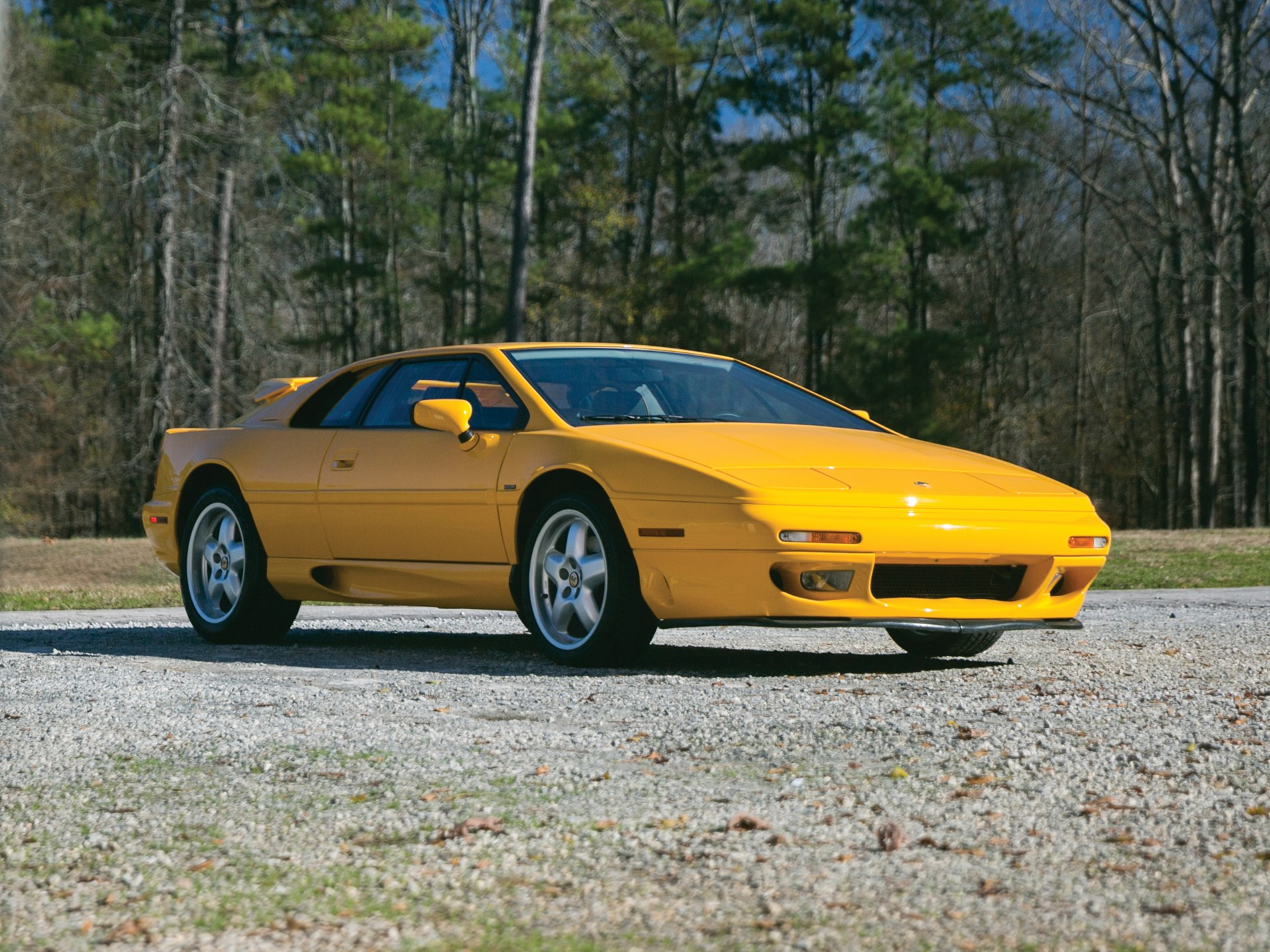 bff10cacae39 RM Sotheby s - 1995 Lotus Esprit S4