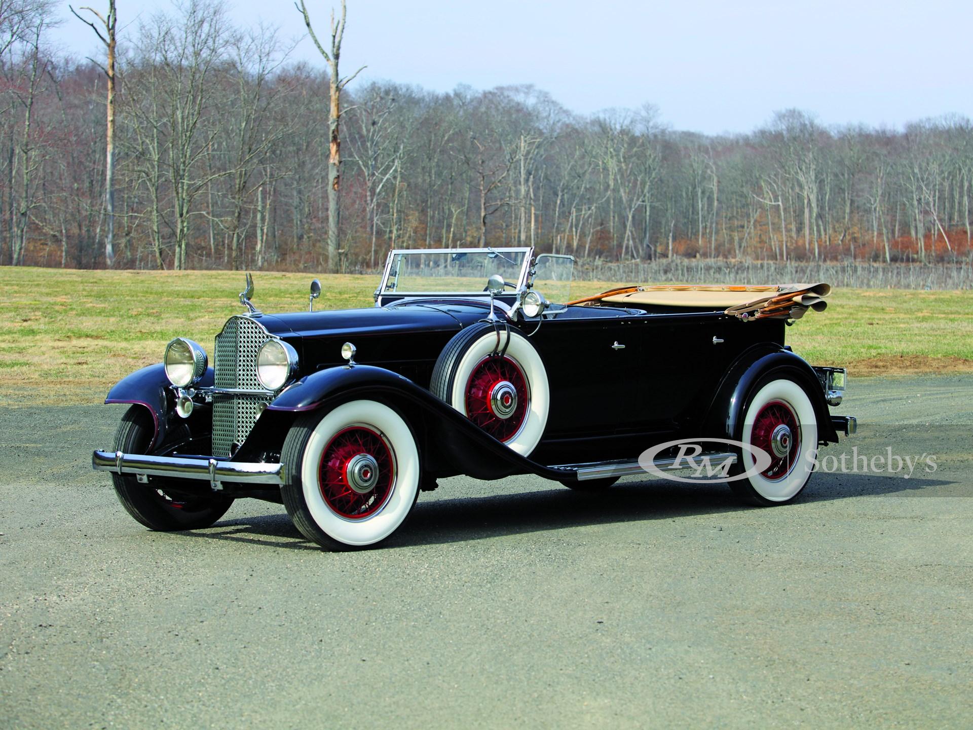 1932 Packard Standard Eight  -