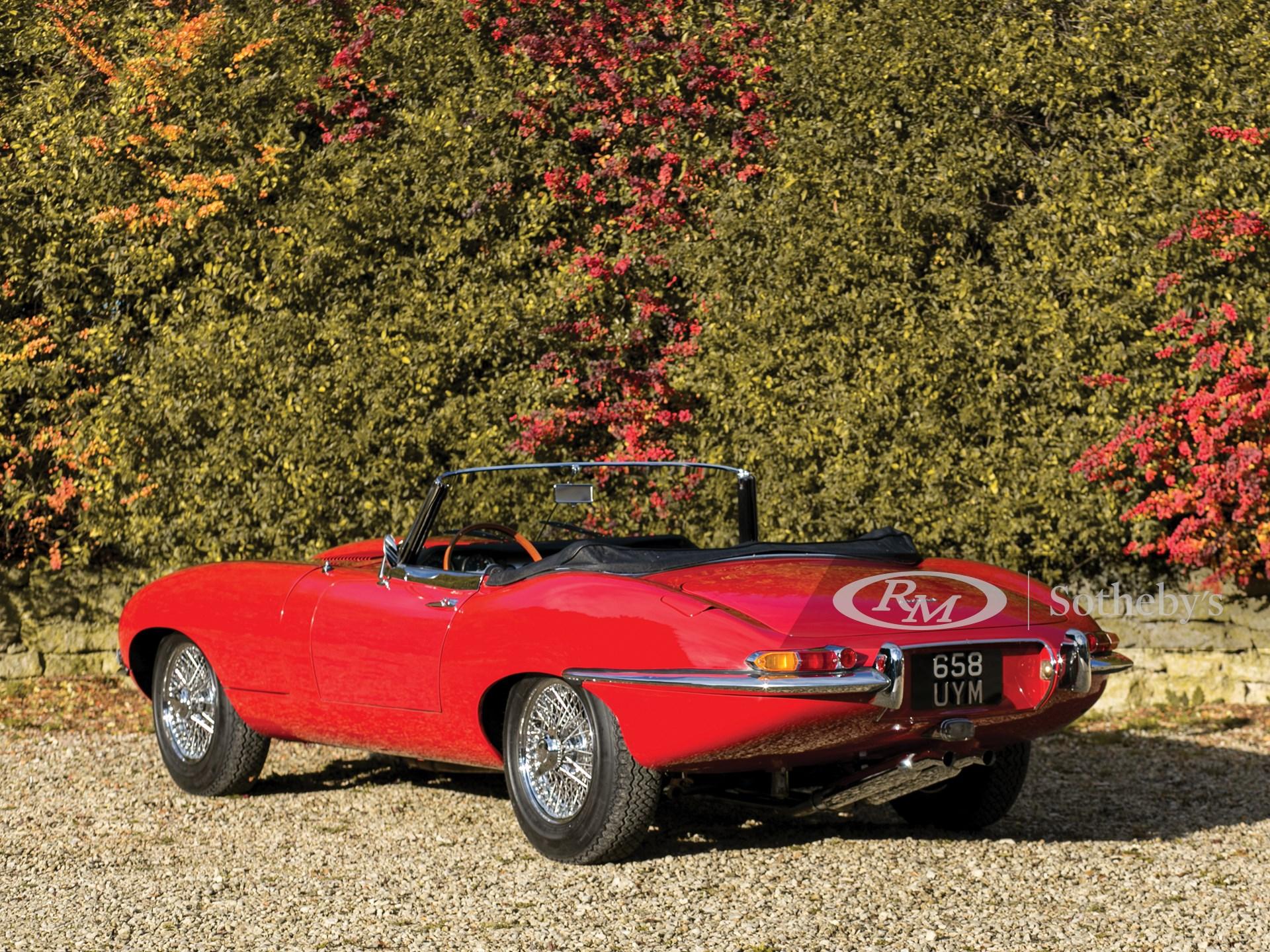 1961 Jaguar E-Type Series 1 3.8-Litre Roadster | Paris ...
