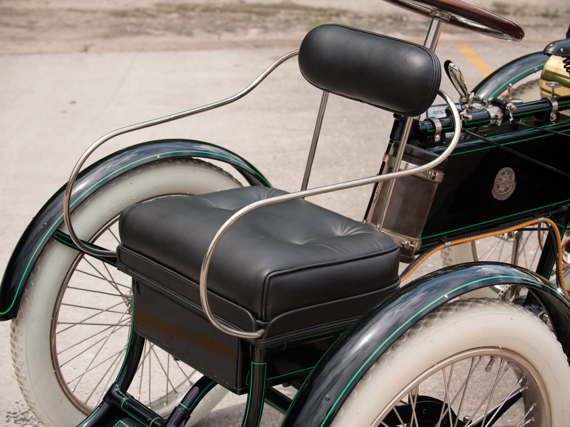 RM Sotheby's - 1900 DeDion-Bouton Perfecta Quadricycle