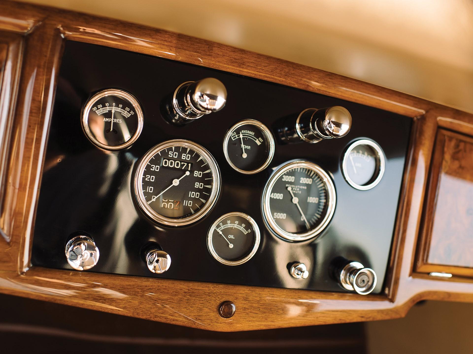 1931 Stutz DV-32 Convertible Victoria by Rollston