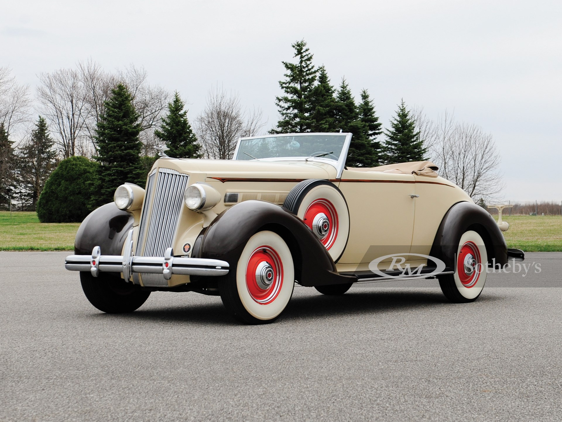 1936 Packard One-Twenty Convertible Coupe