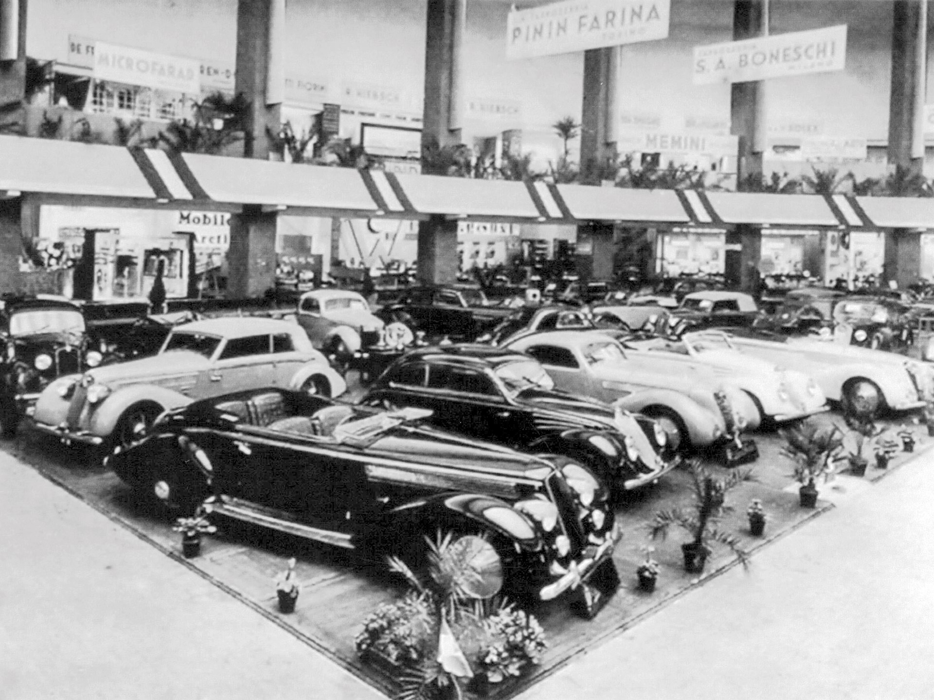 This cabriolet, front row, far right, on the Pinin Farina stand at the 1936 Milan Salon.