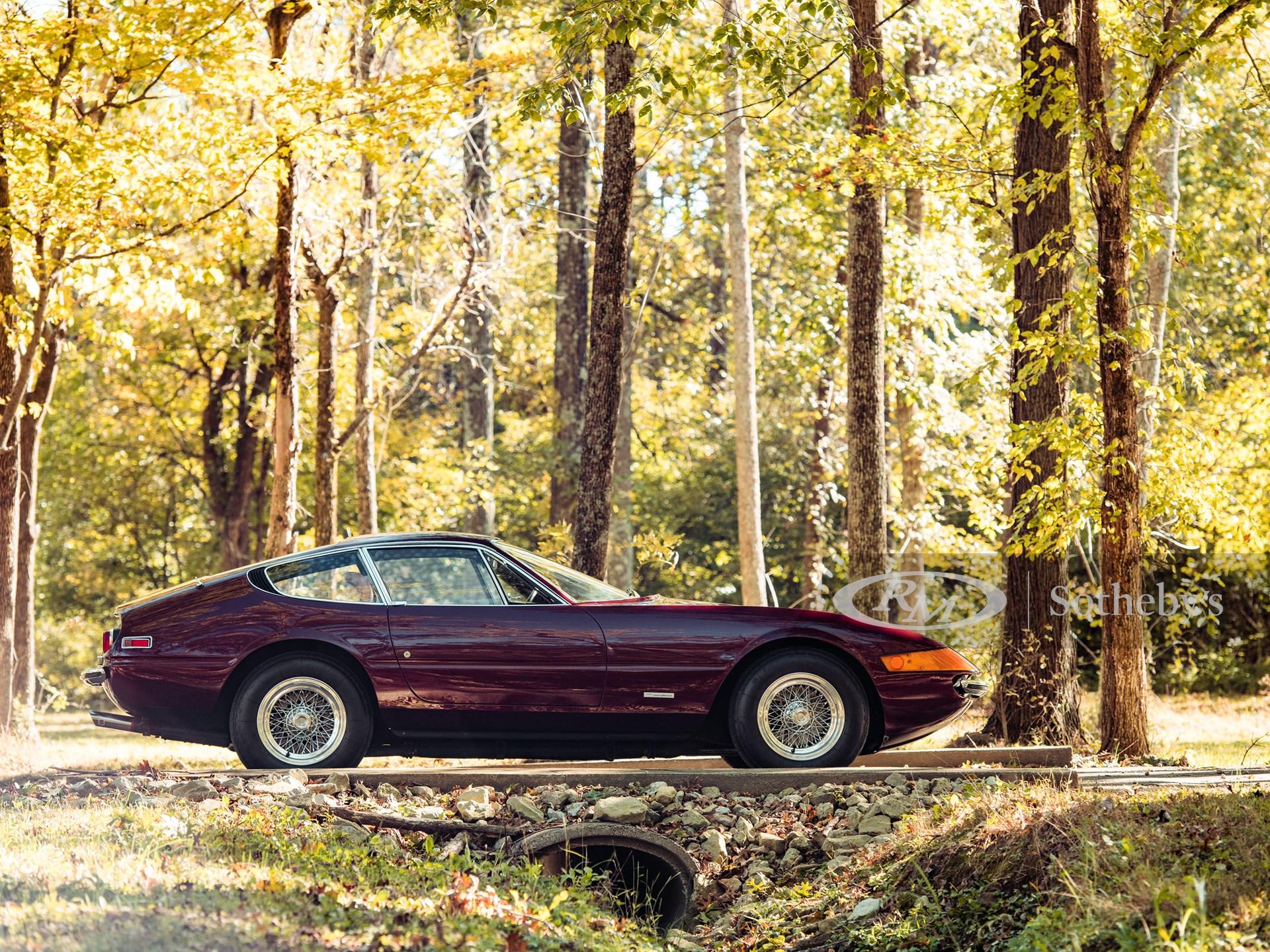 1972 Ferrari 365 GTB/4 Daytona Berlinetta by Scaglietti -