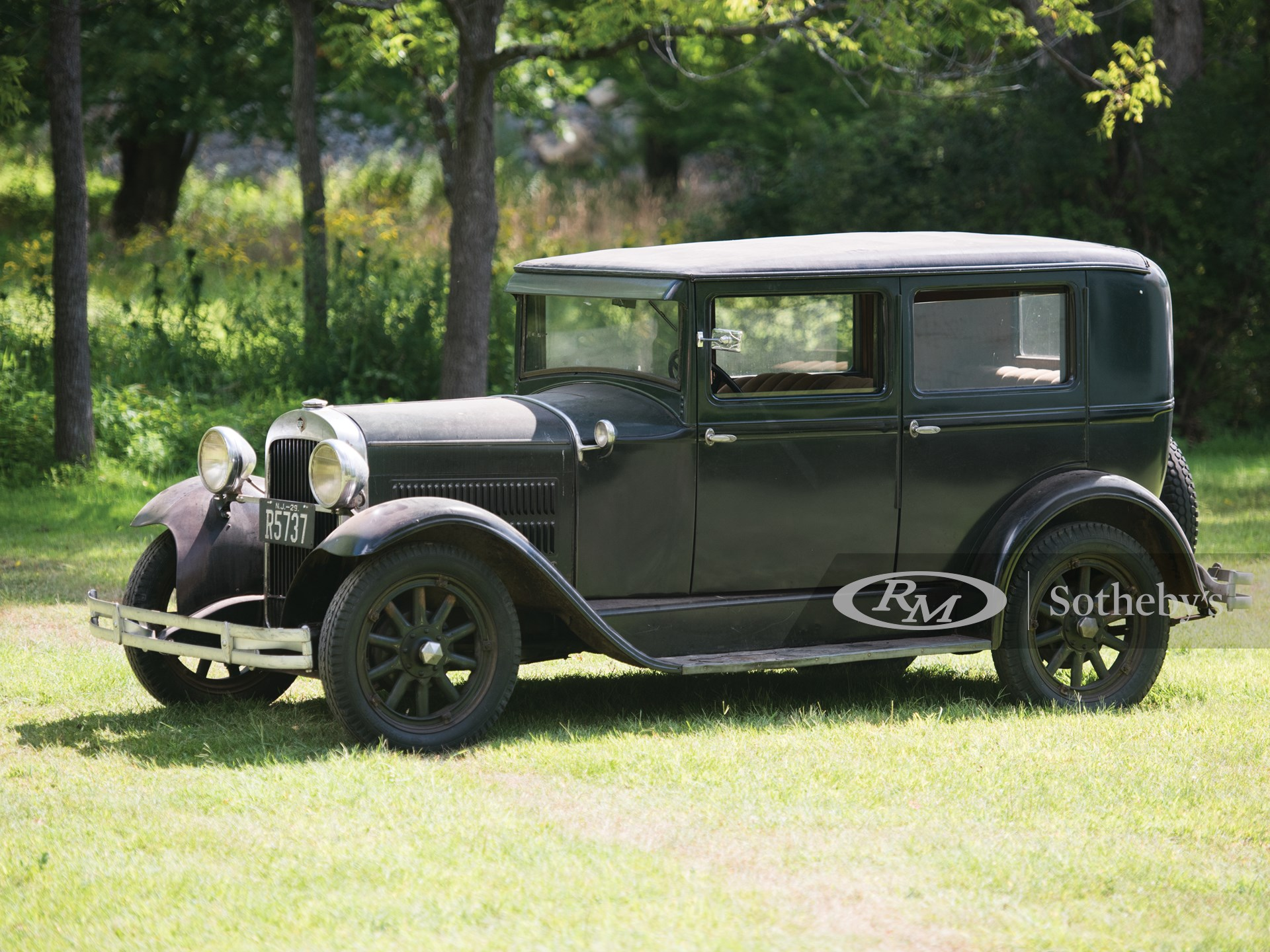 1929 Essex the Challenger Six Town Sedan