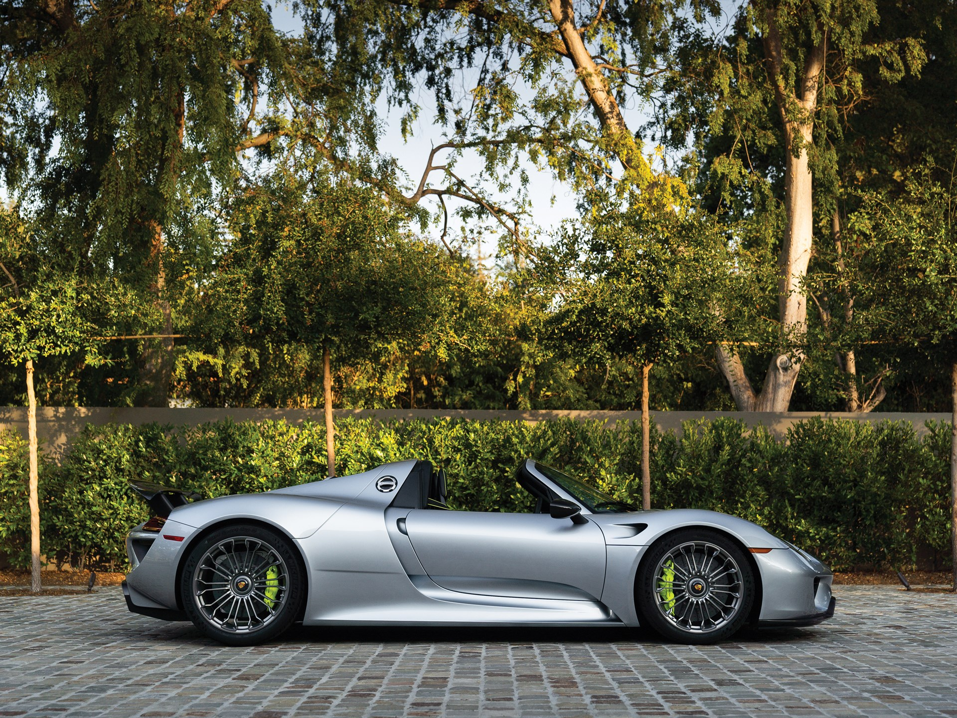 Rm Sothebys 2015 Porsche 918 Spyder The Porsche 70th