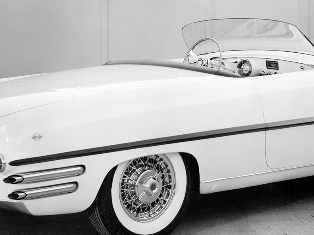 1954 Dodge Firearrow II by Ghia Offered at RM Sothebys Monterey Live Auction 2021