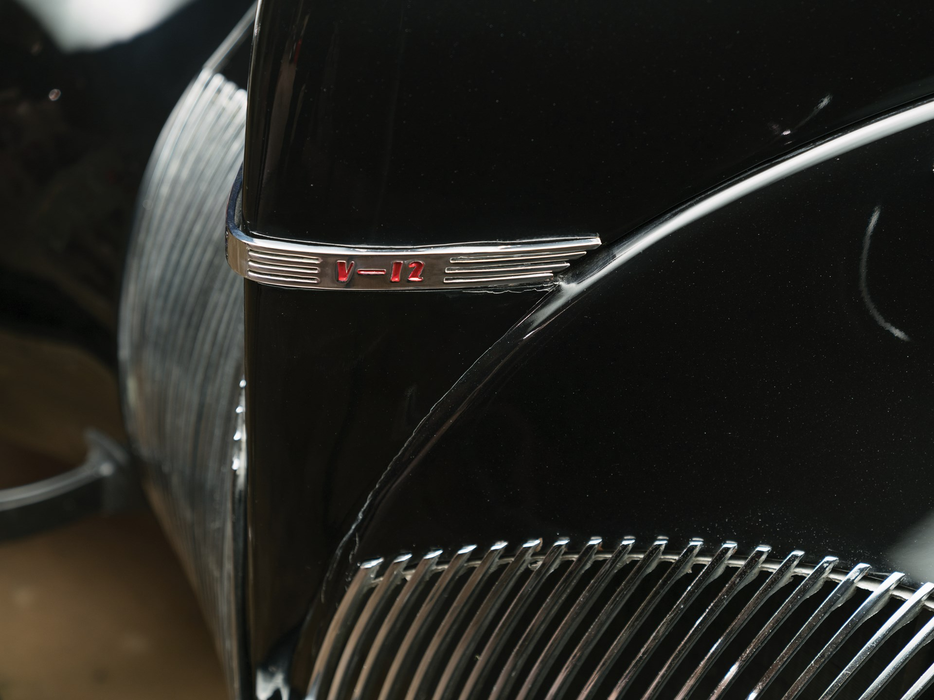 1939 Lincoln-Zephyr Three-Window Coupe