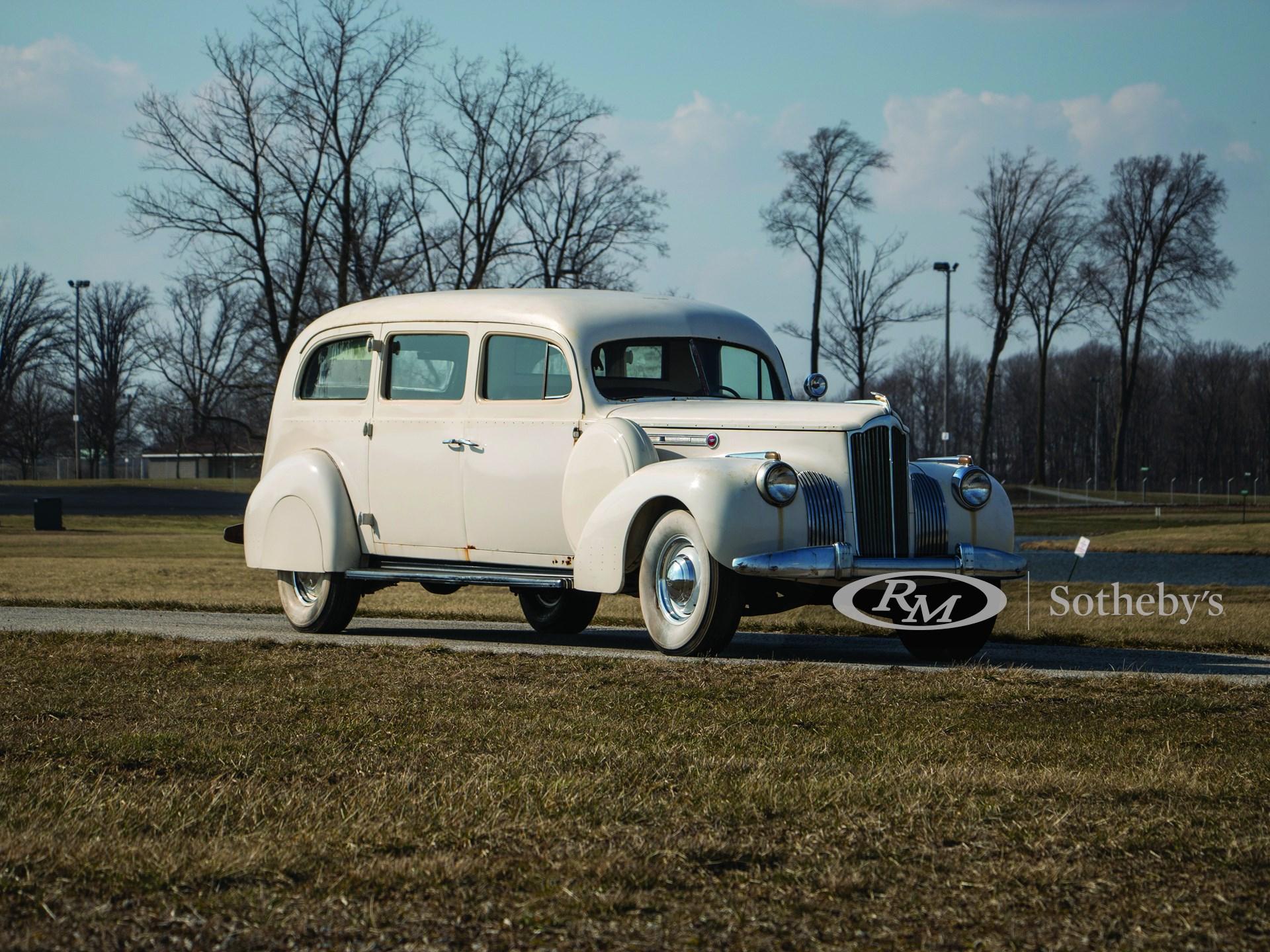 1941 Packard One-Twenty Henney