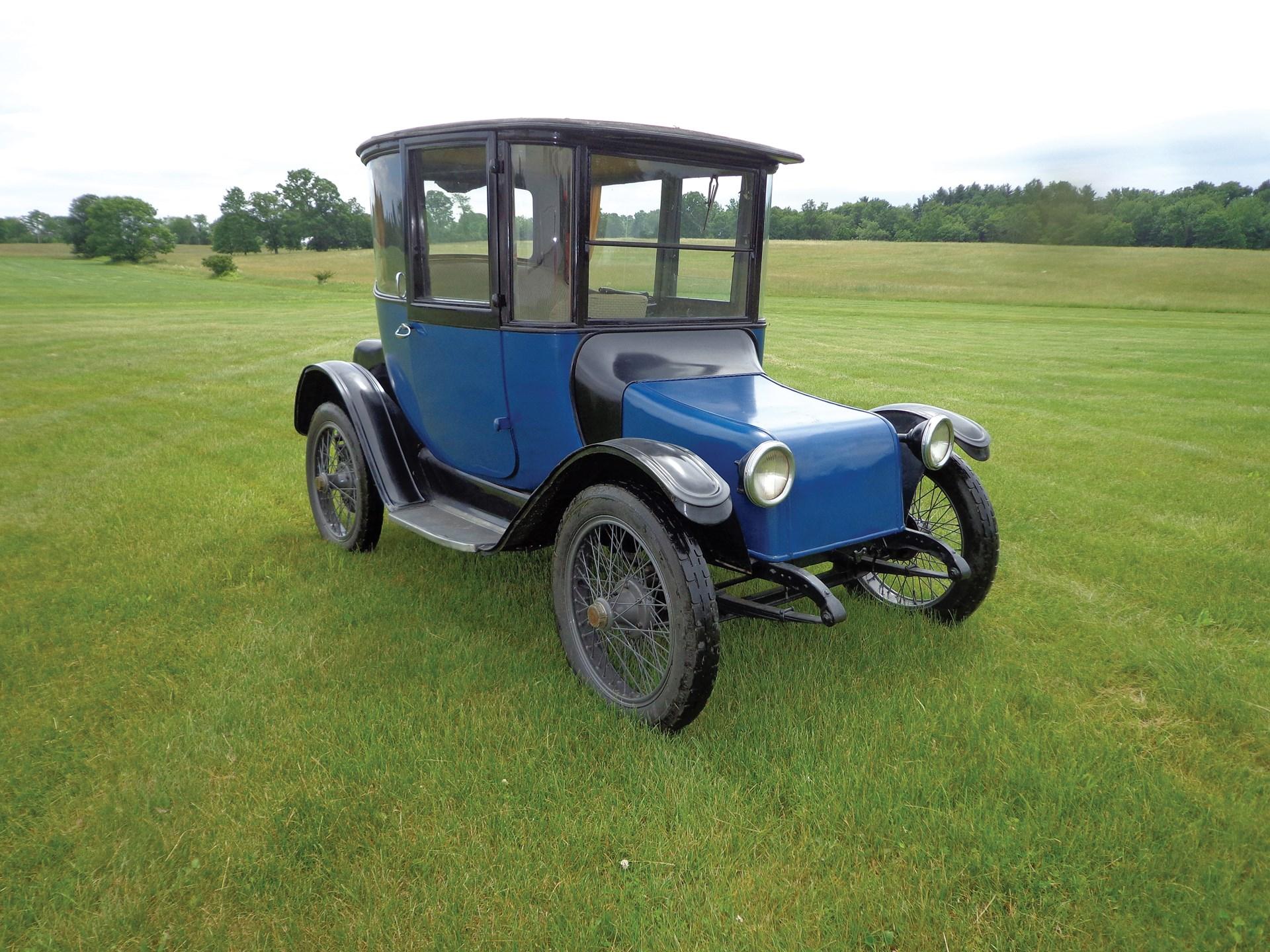1919 Detroit Electric Model Type 19-B Four-Passenger Brougham