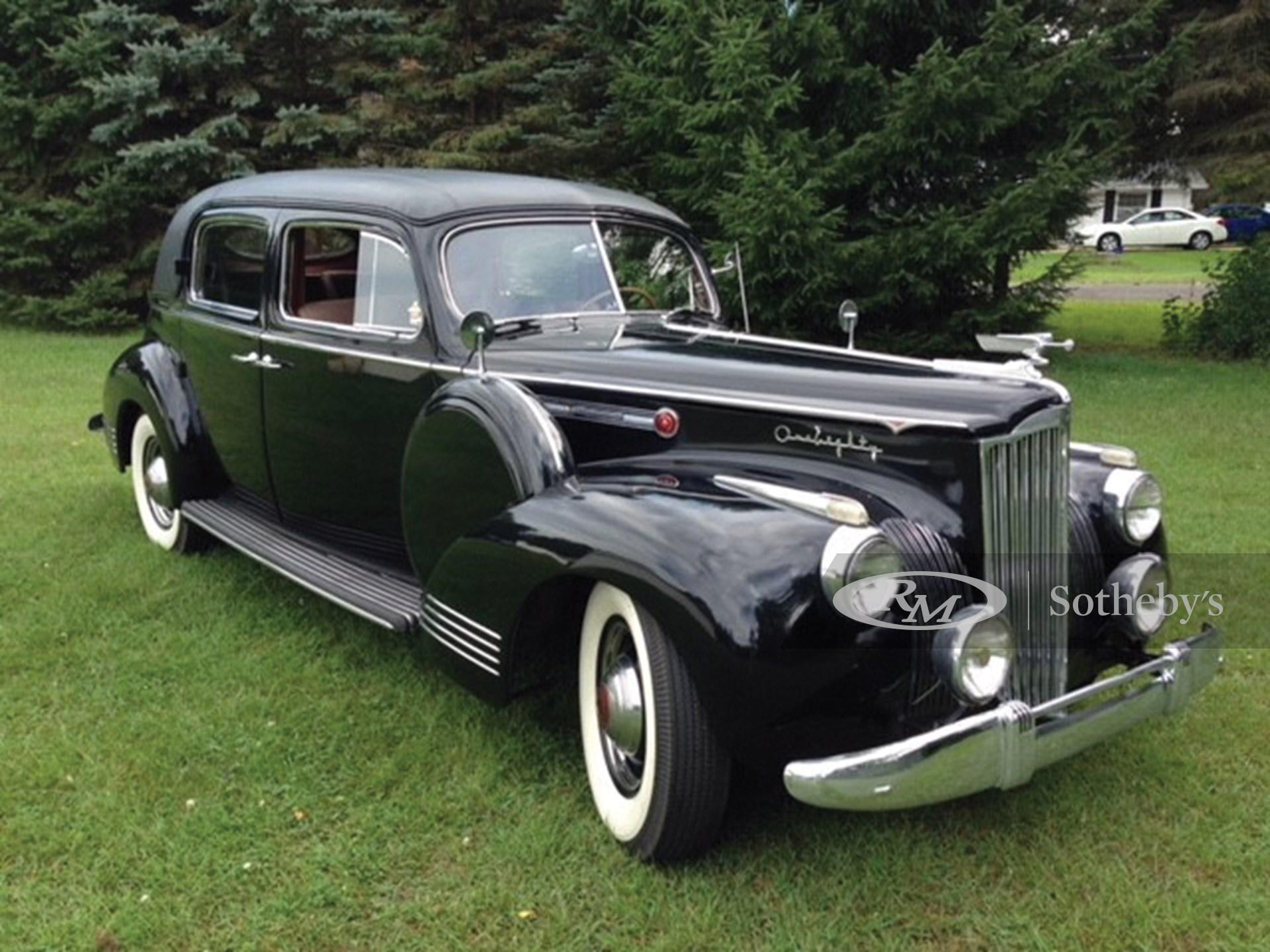 1941 Packard Super Eight One Eighty Sedan
