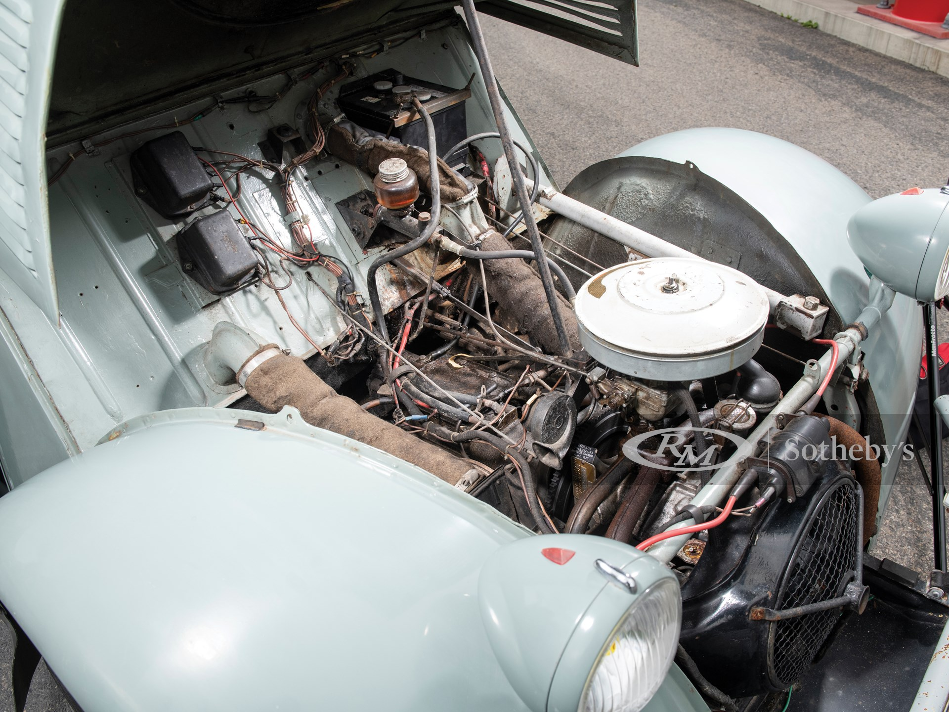 1963 Citroën 2CV 4×4 'Sahara'  -