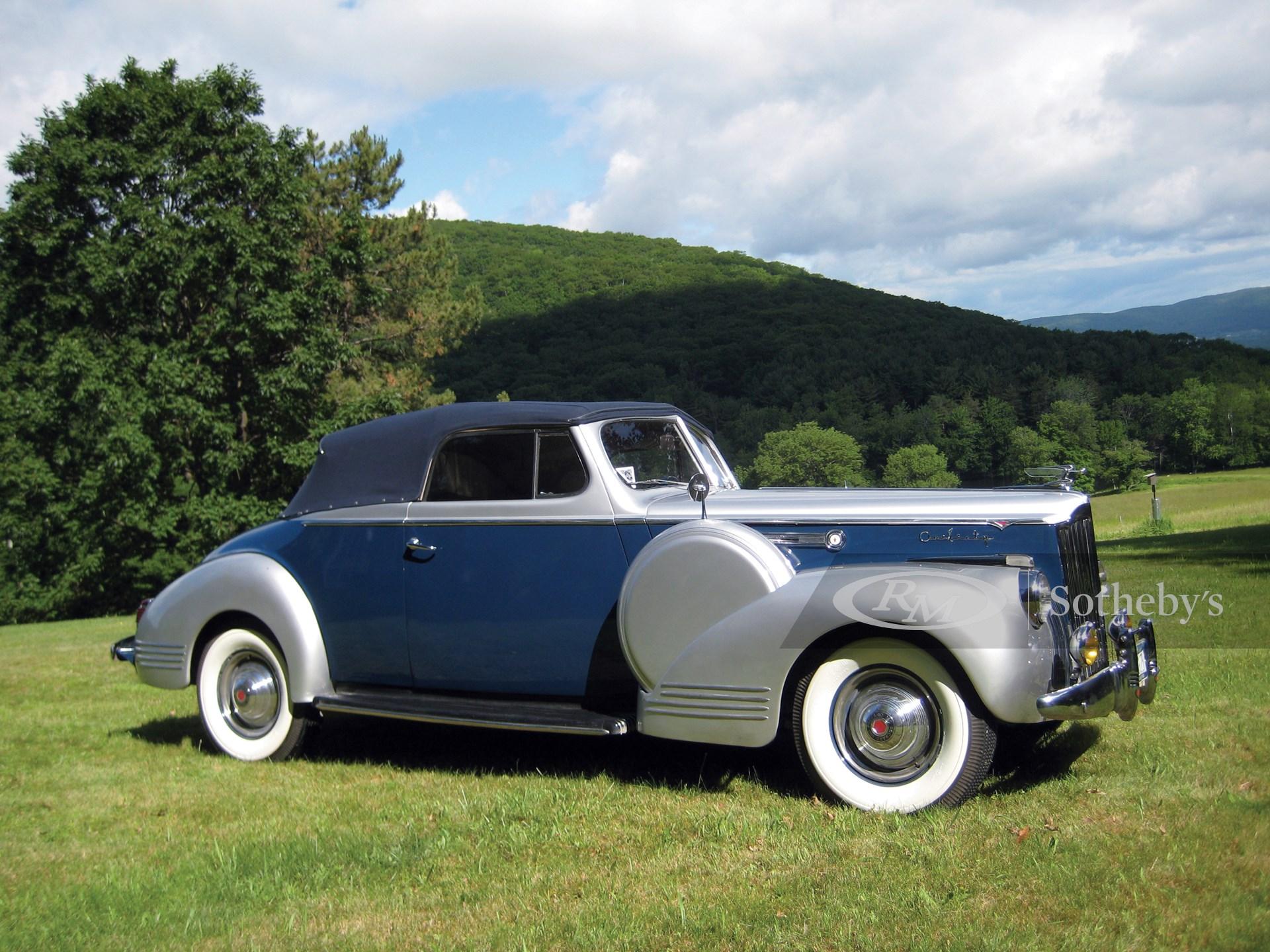 1941 Packard Super Eight 160 Convertible Victoria
