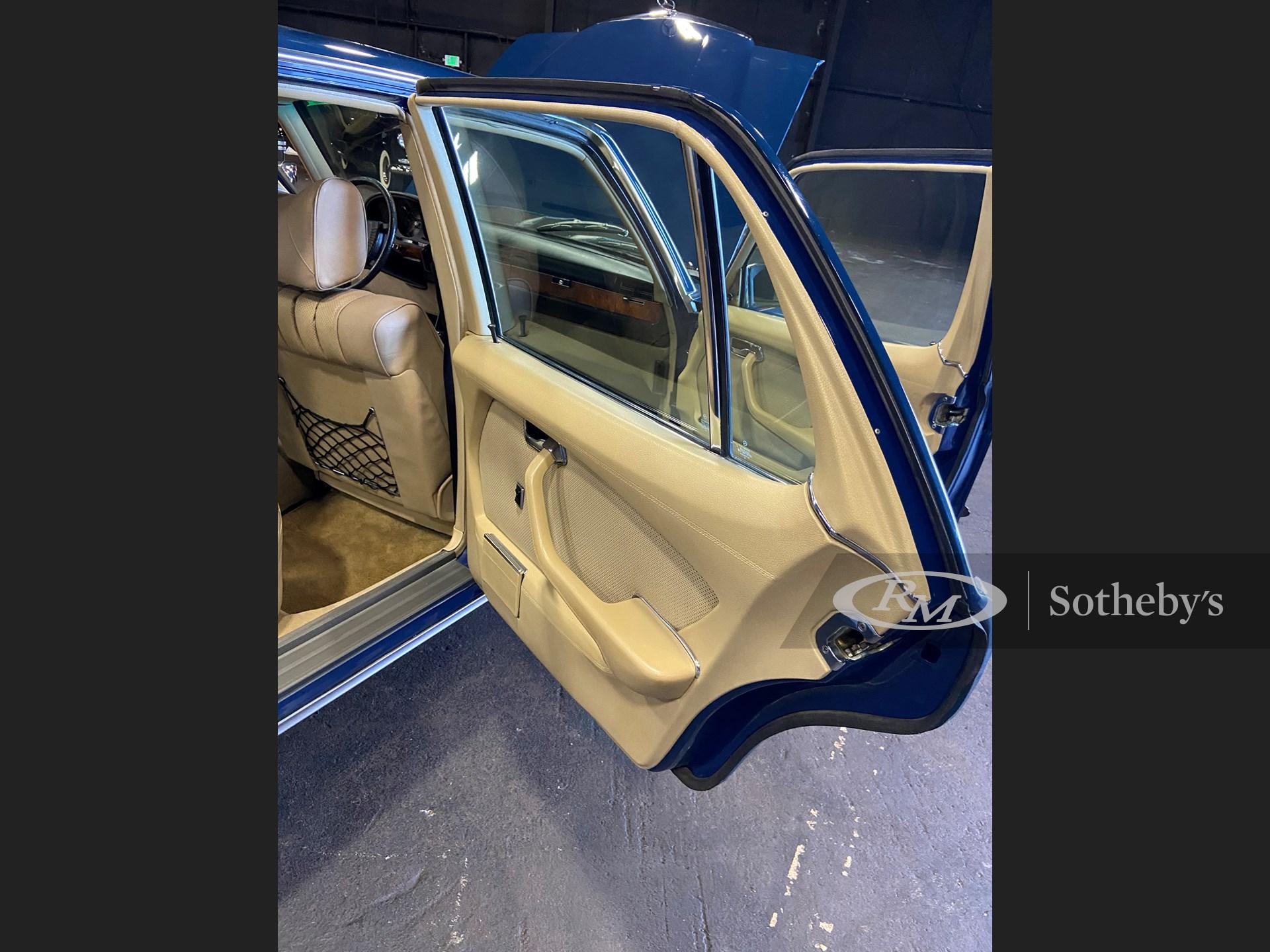 1977 Mercedes-Benz 450 SEL 6.9  -