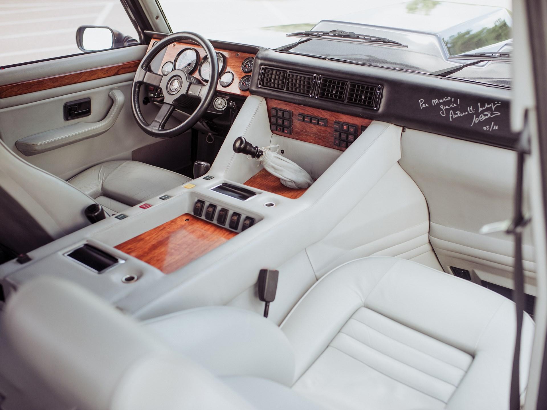 1988 Lamborghini LM002