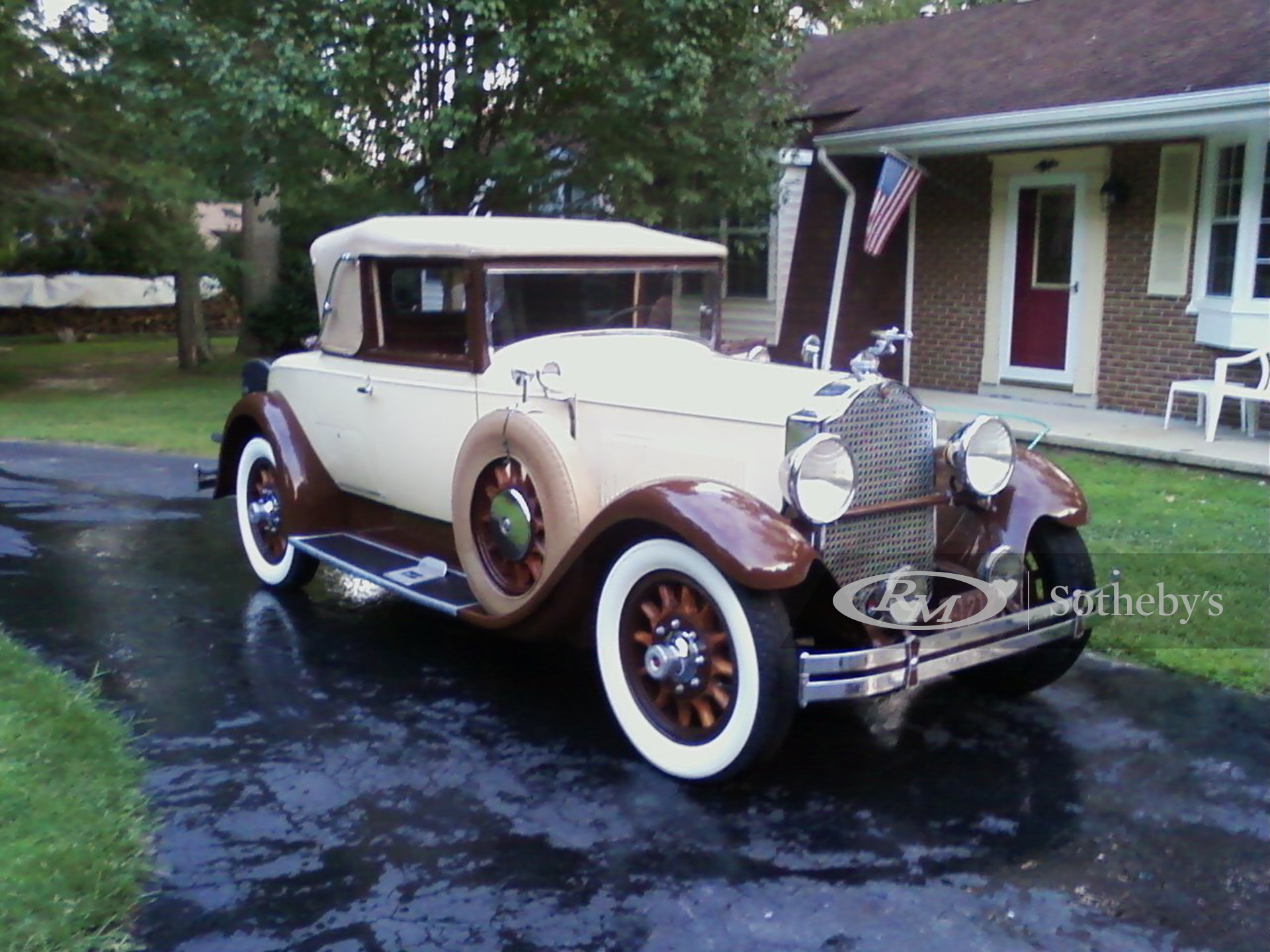 1929 Packard Eight 2/4-Passenger Convertible Coupe  -