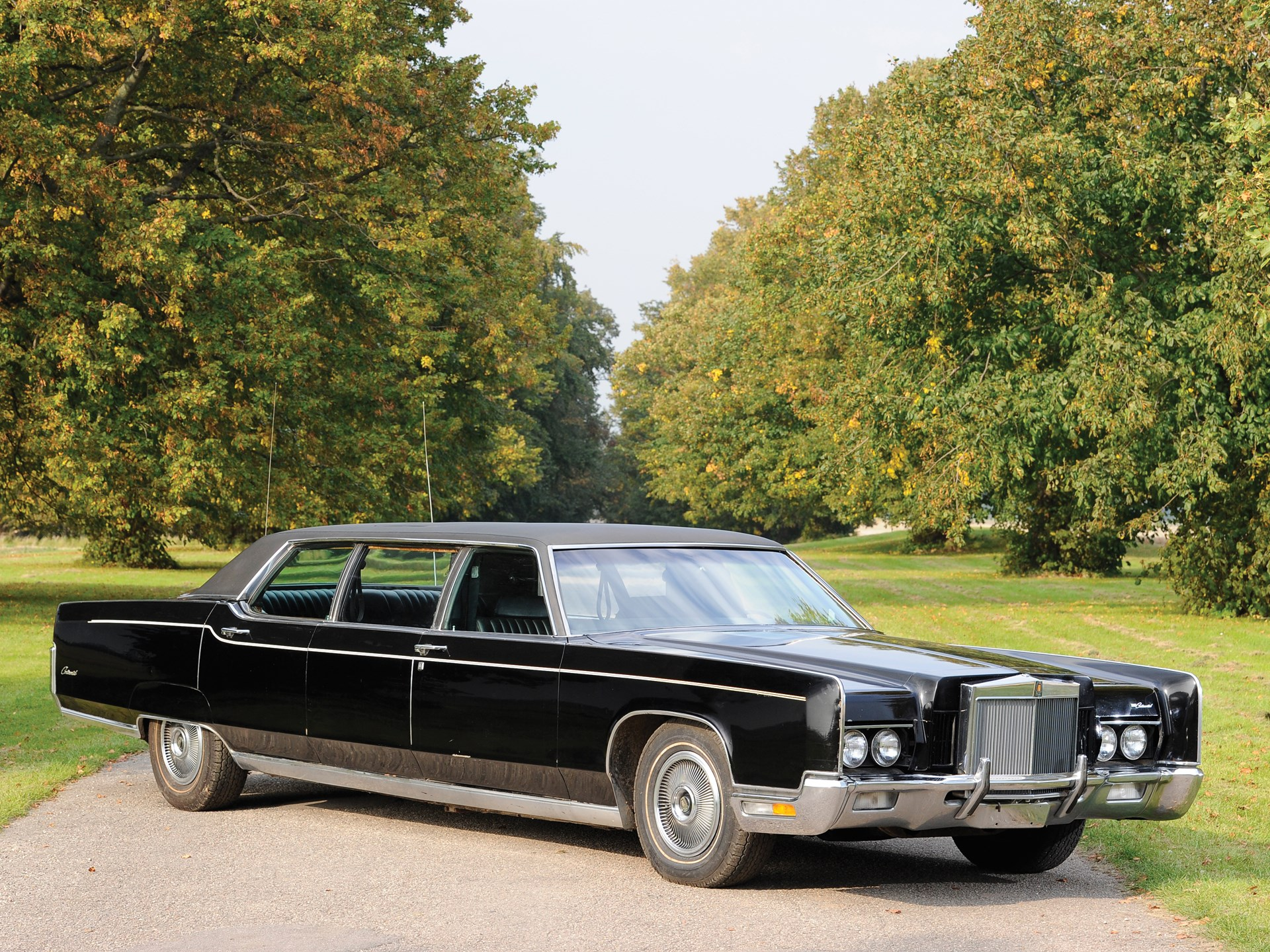 rm sotheby 39 s 1972 lincoln continental stretch limousine. Black Bedroom Furniture Sets. Home Design Ideas