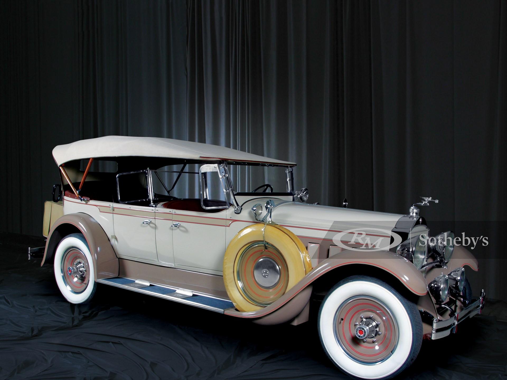 1929 Packard 640 Deluxe 8 7P Phaeton