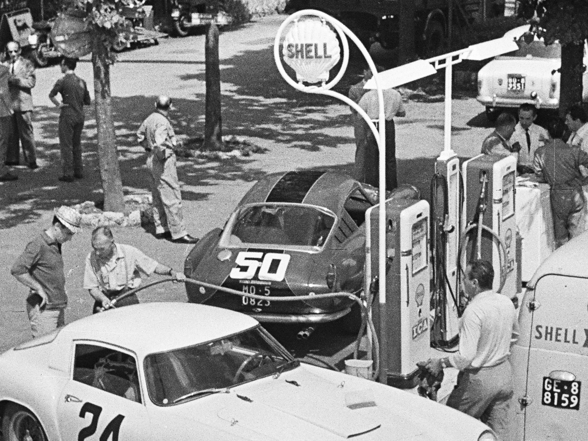 Wolfgang Seidel behind the wheel of 0879 GT at the 1959 Gran Premio della Lotteria di Monza.