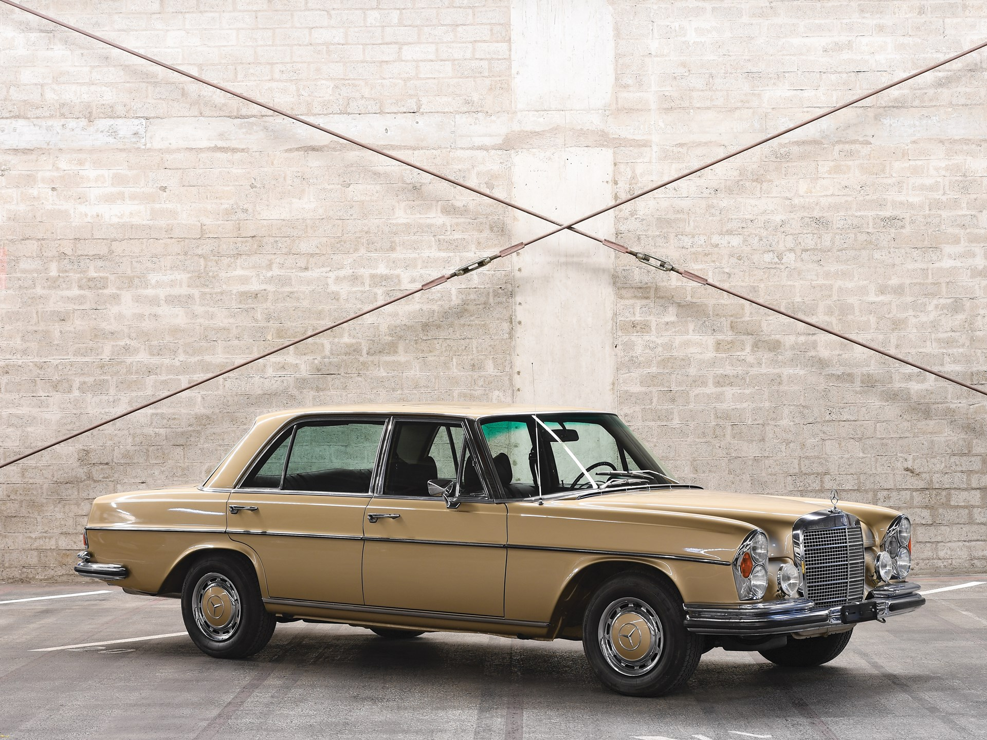 RM Sotheby's - 1969 Mercedes-Benz 300 SEL 6 3 Saloon | Paris