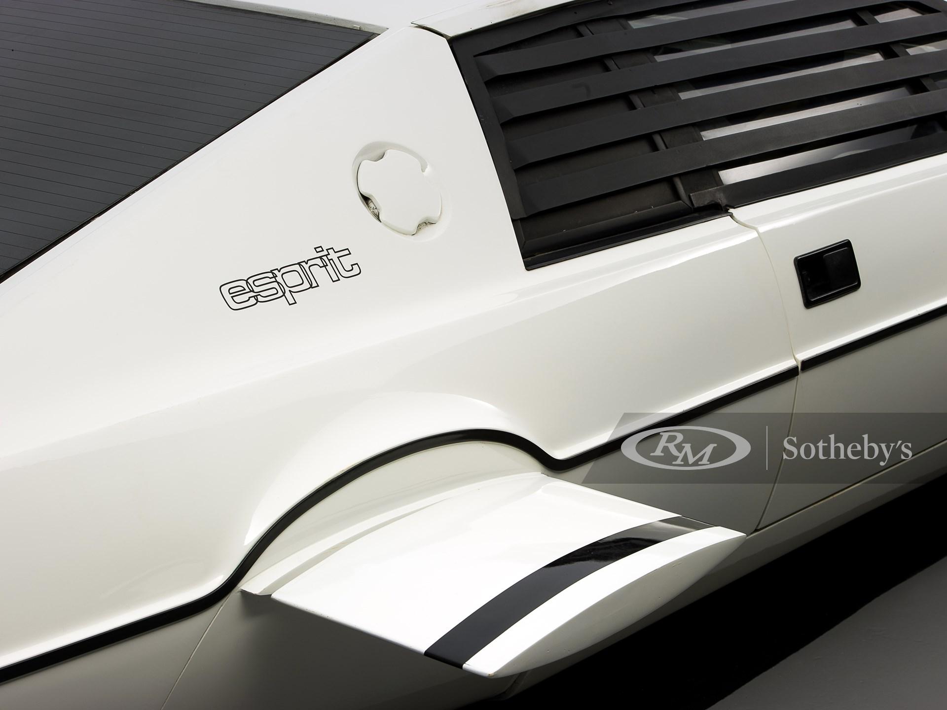 007 Lotus Esprit 'Submarine Car'  -