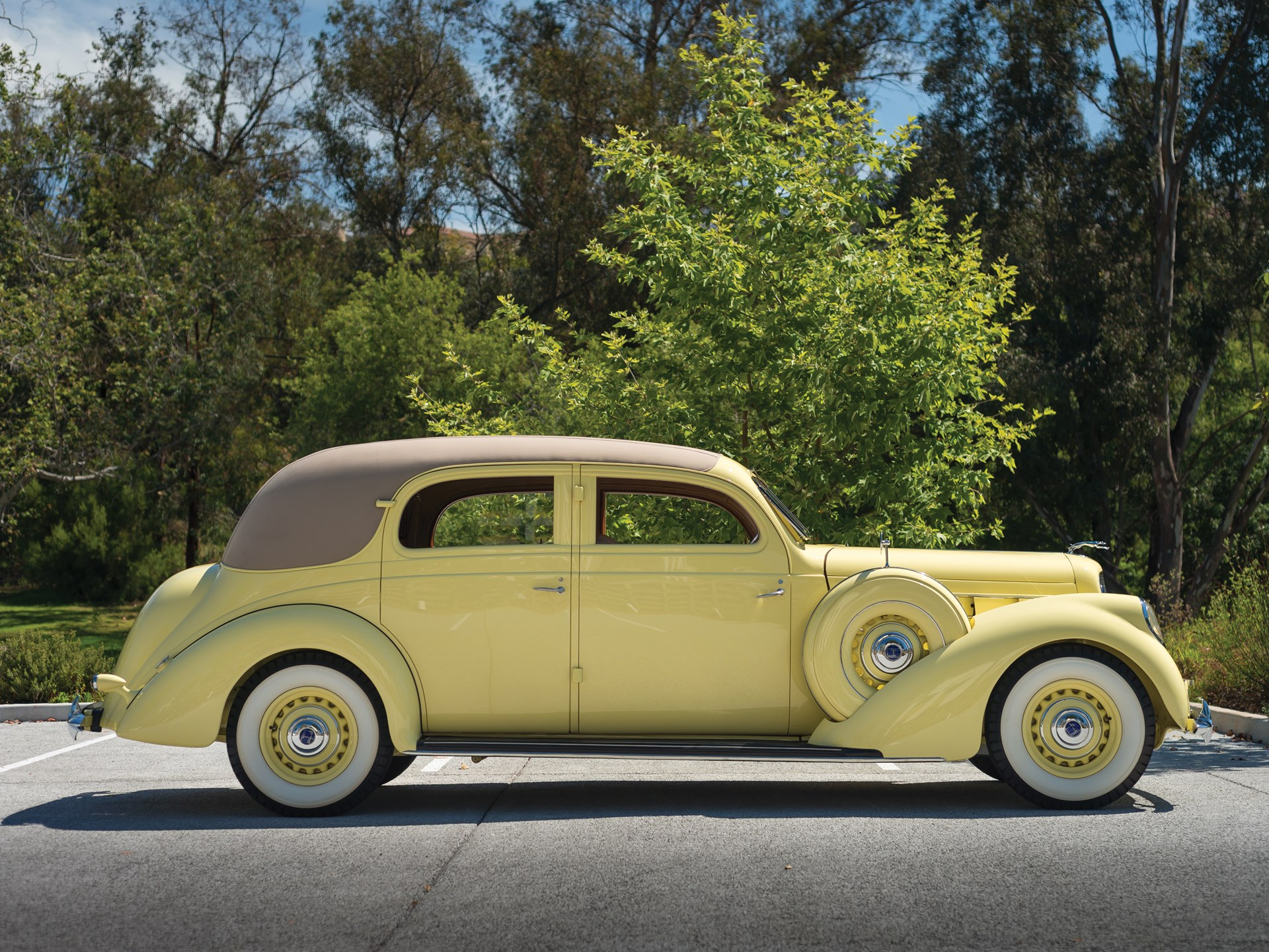 1937 Lincoln Model K Two-Window Berline by Judkins