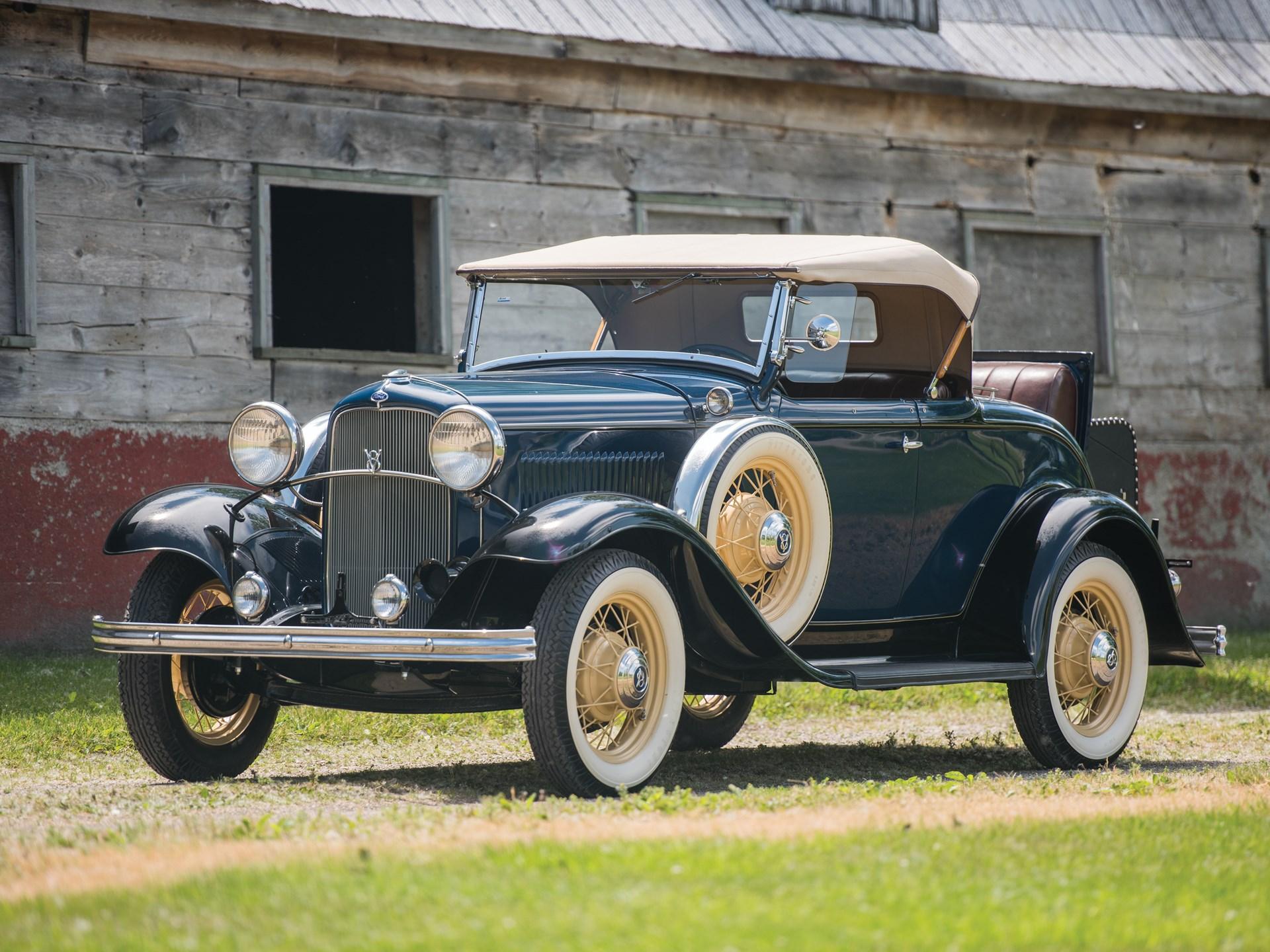 1932 ford v 8 deluxe roadster