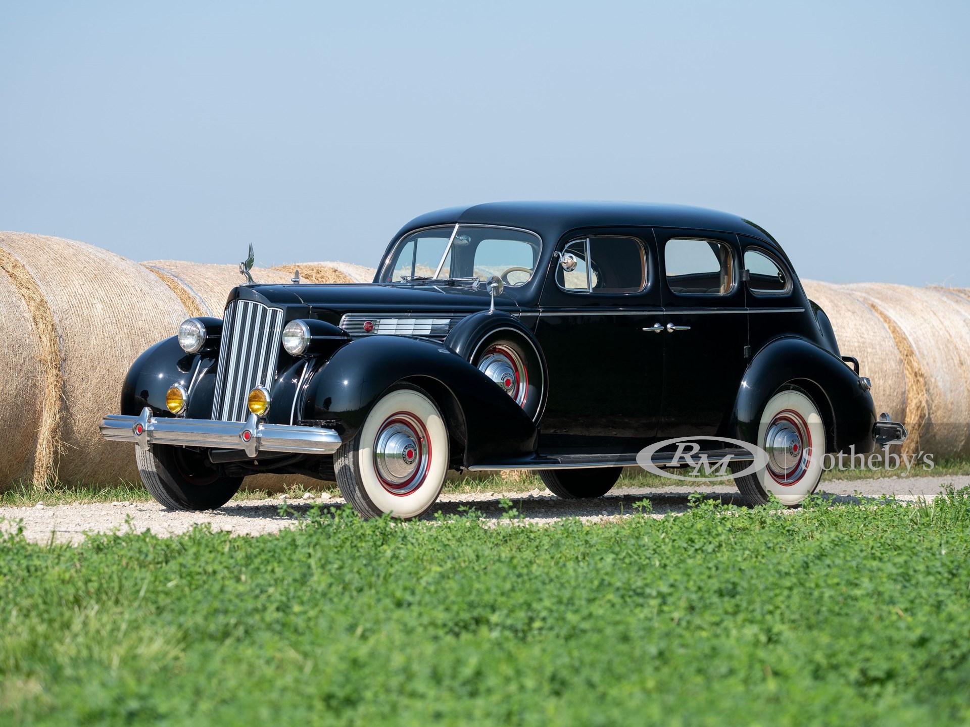 1939 Packard Super Eight Touring Sedan