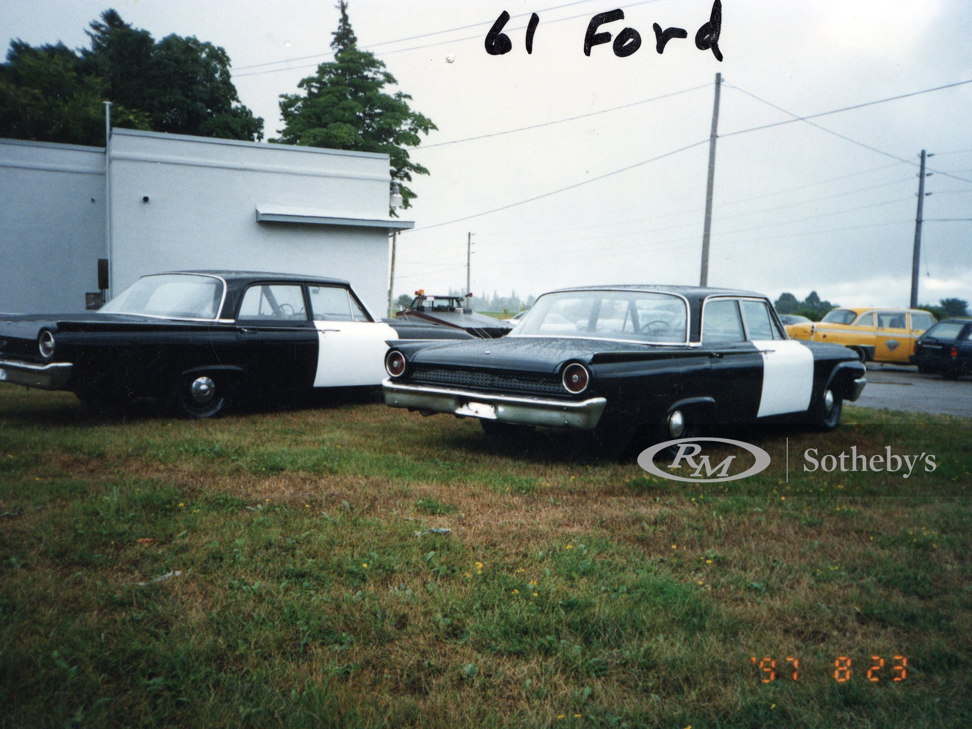 1961 Ford Galaxie Sedan