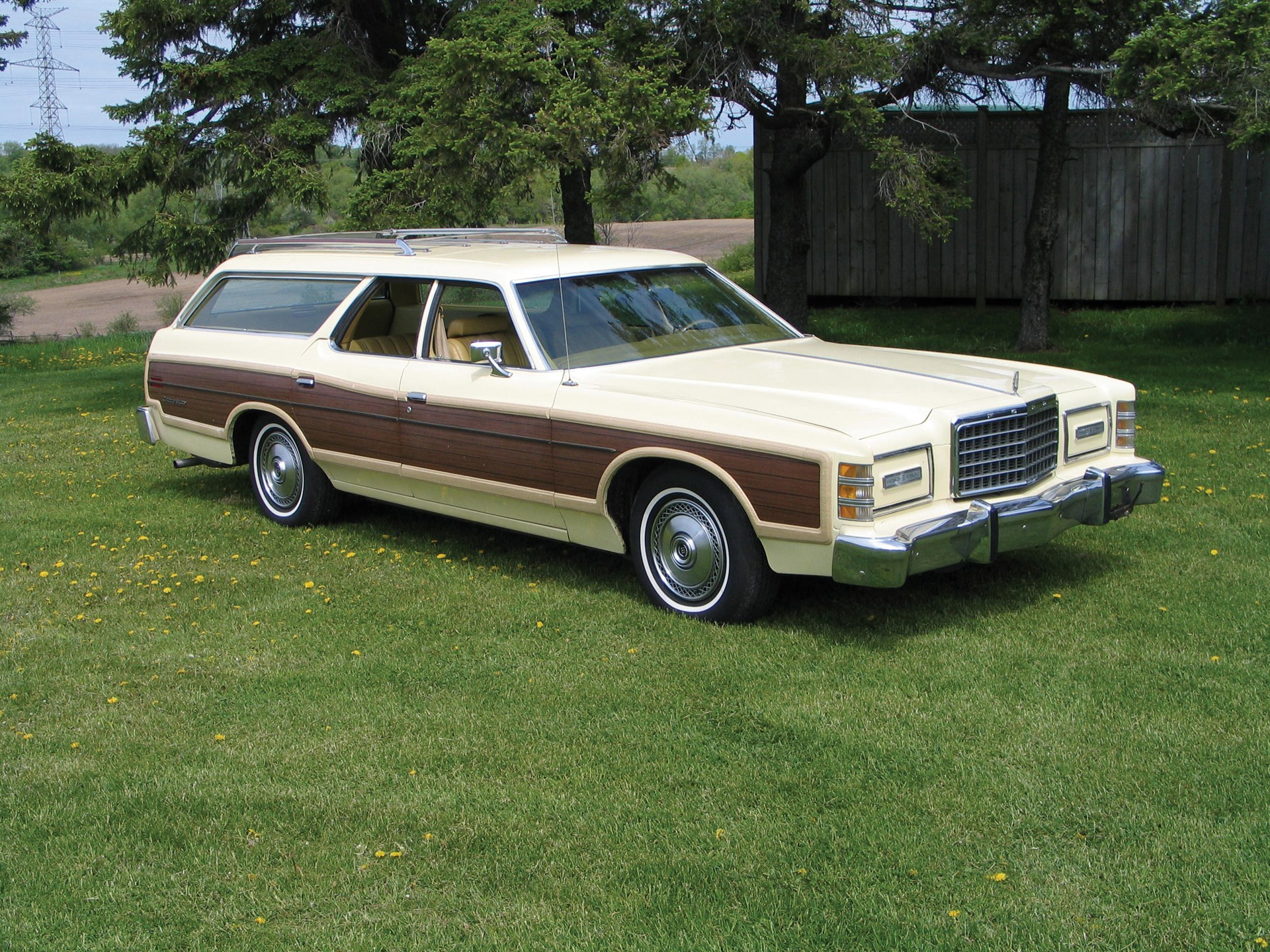 1976 ford country squire woody wagon