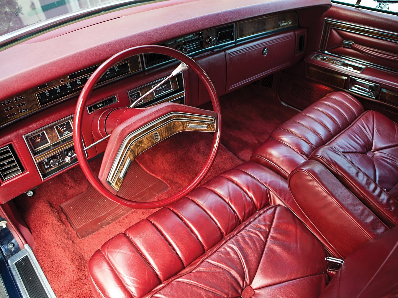 Rm Sotheby S 1977 Lincoln Continental Town Car Hershey 2013