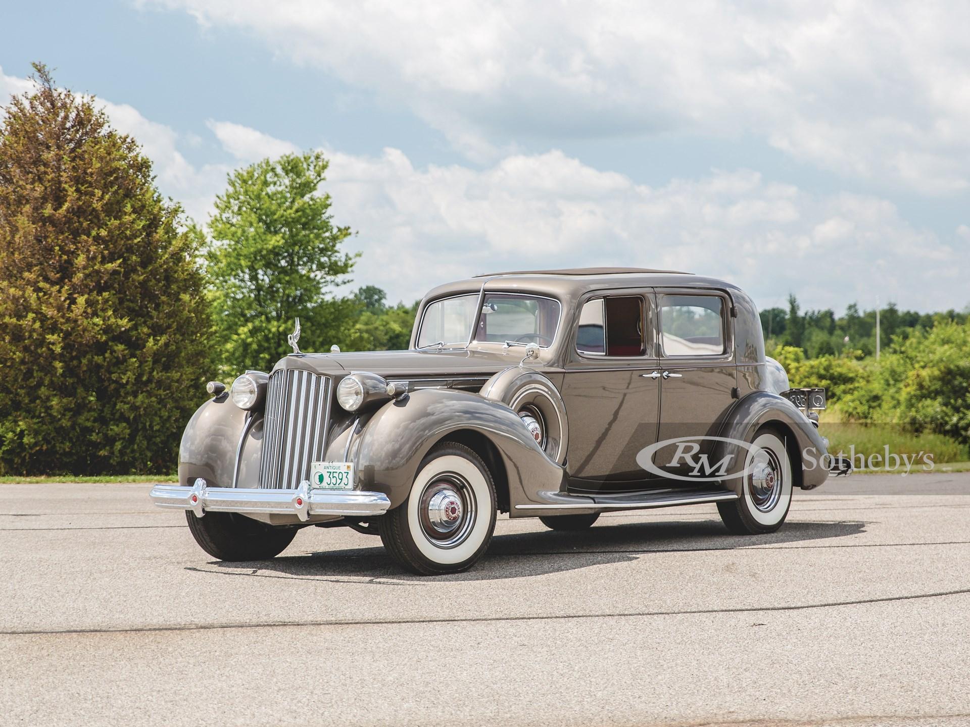 1939 Packard Twelve Club Sedan