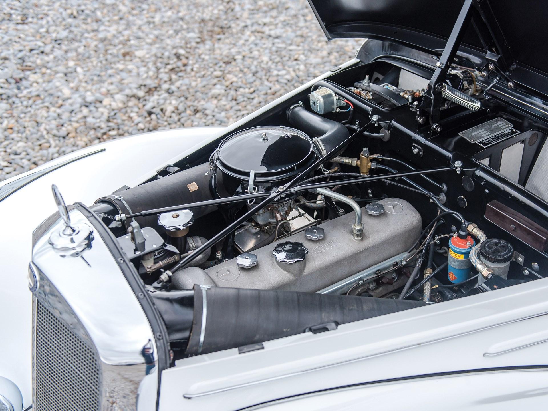 1954 Mercedes-Benz 220 Cabriolet A