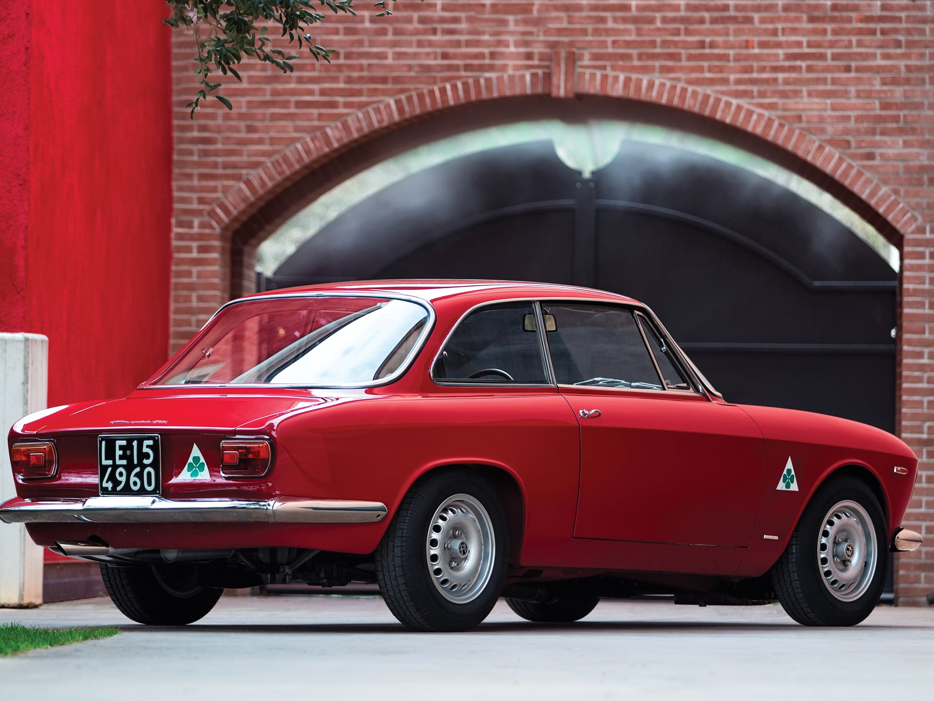 Rm Sotheby S 1966 Alfa Romeo Giulia Sprint Gta Stradale By Bertone