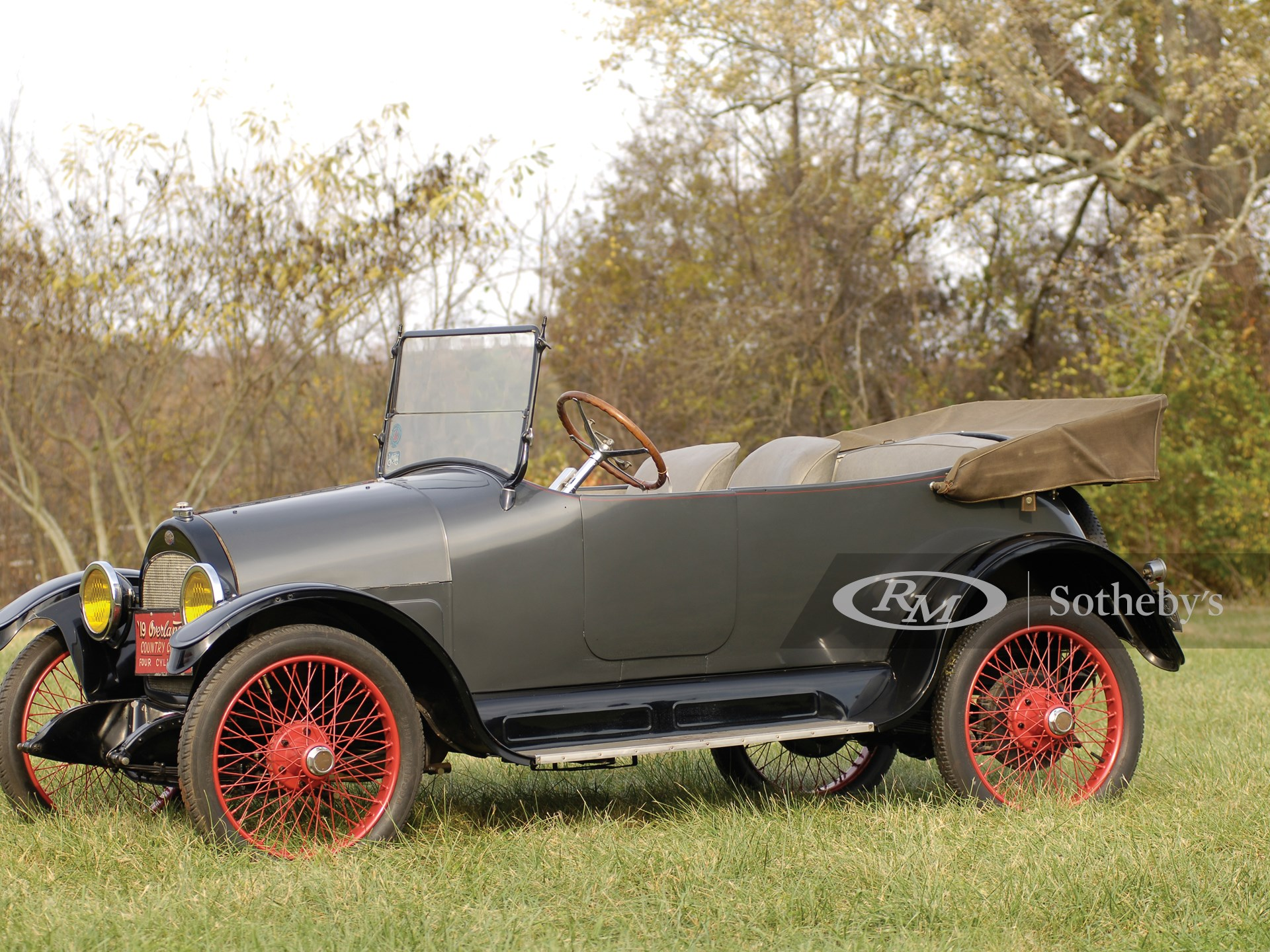 1919 Overland Model 90 Country Club