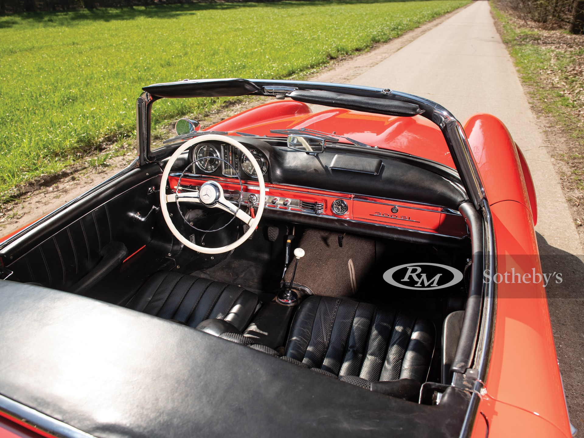 1963 Mercedes-Benz 300 SL Roadster  -